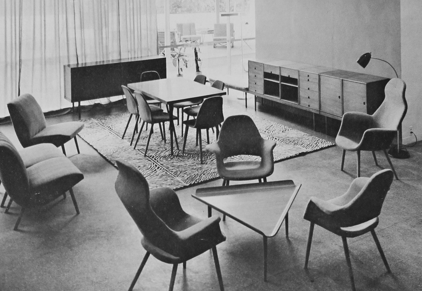 123 charles eames and eero saarinen chair from the museum of modern art organic design competition