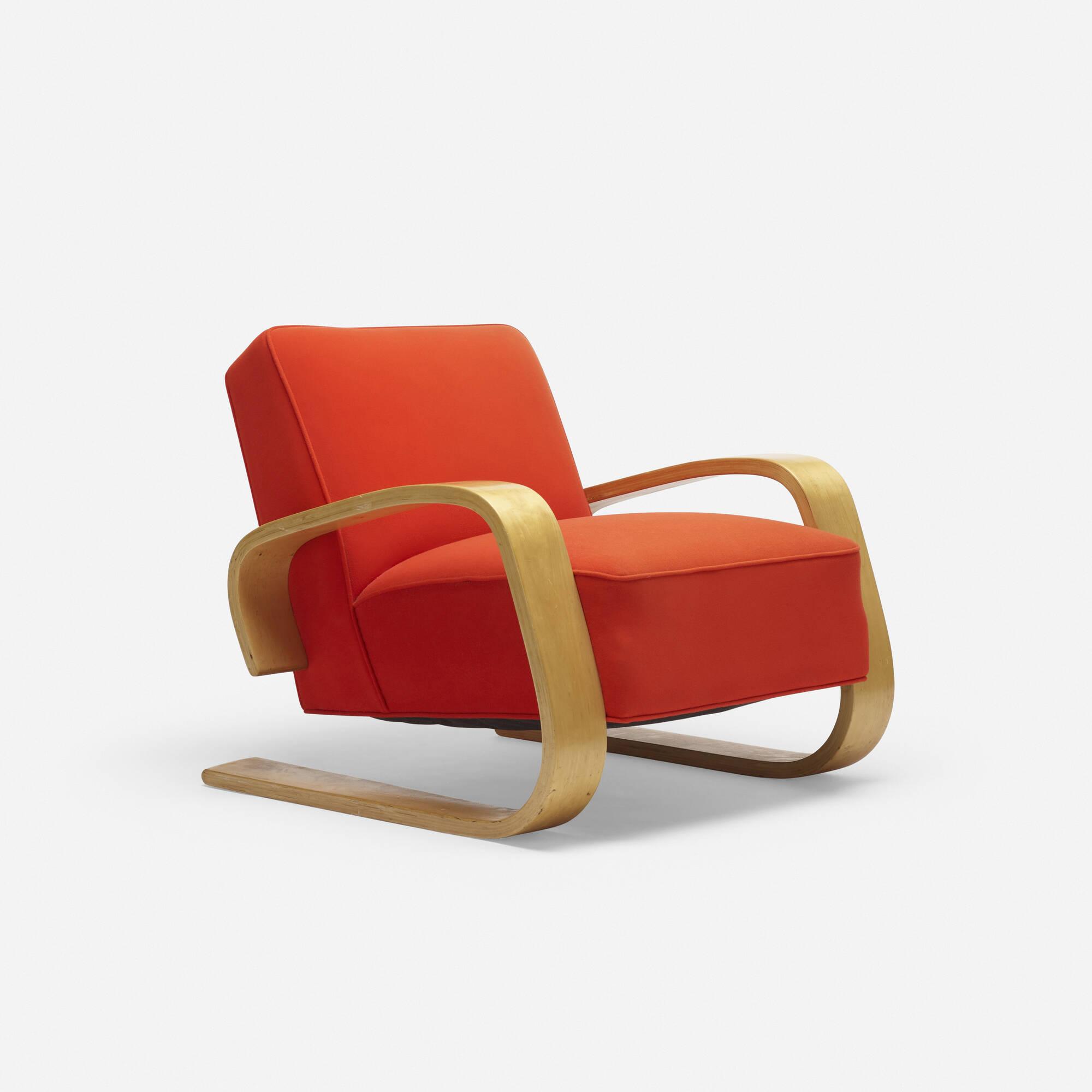 100: Alvar Aalto / Tank lounge chair, model 37/400 (1 of 3)