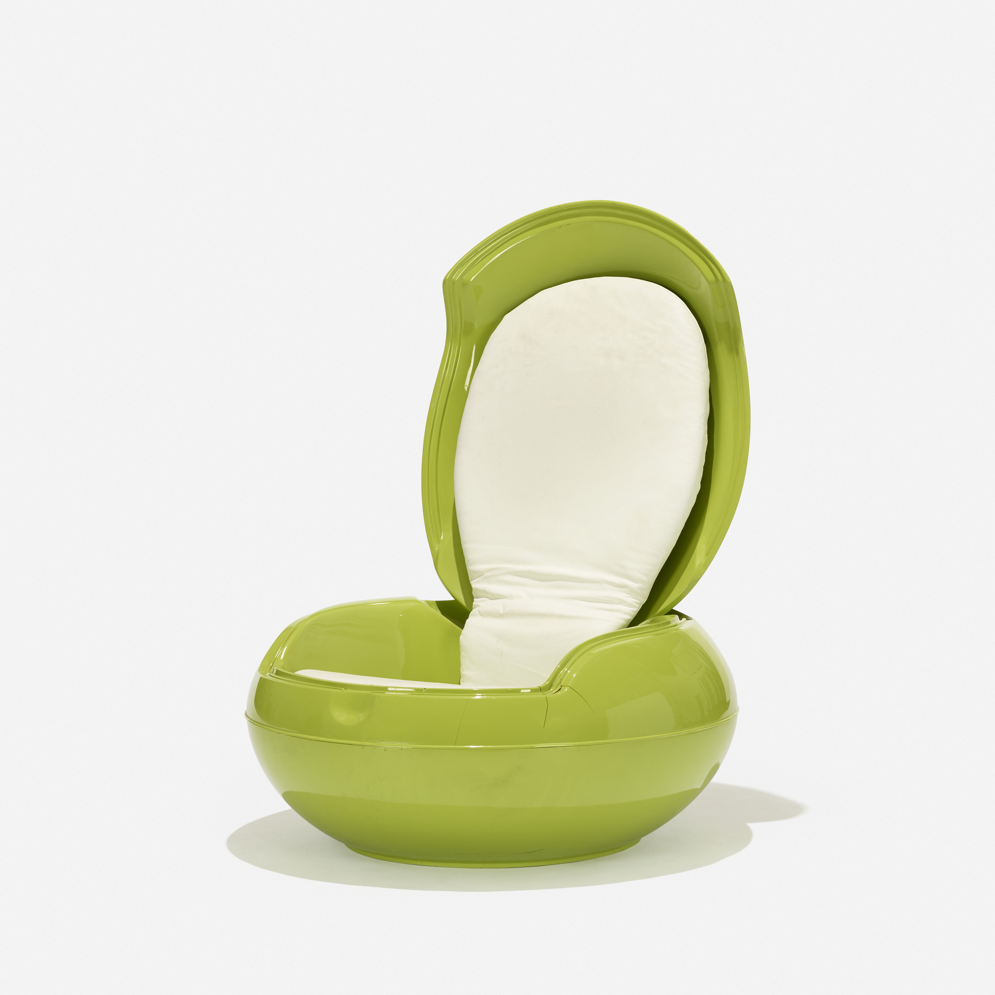 100: Peter Ghyczy / Garden Egg chair (1 of 3)