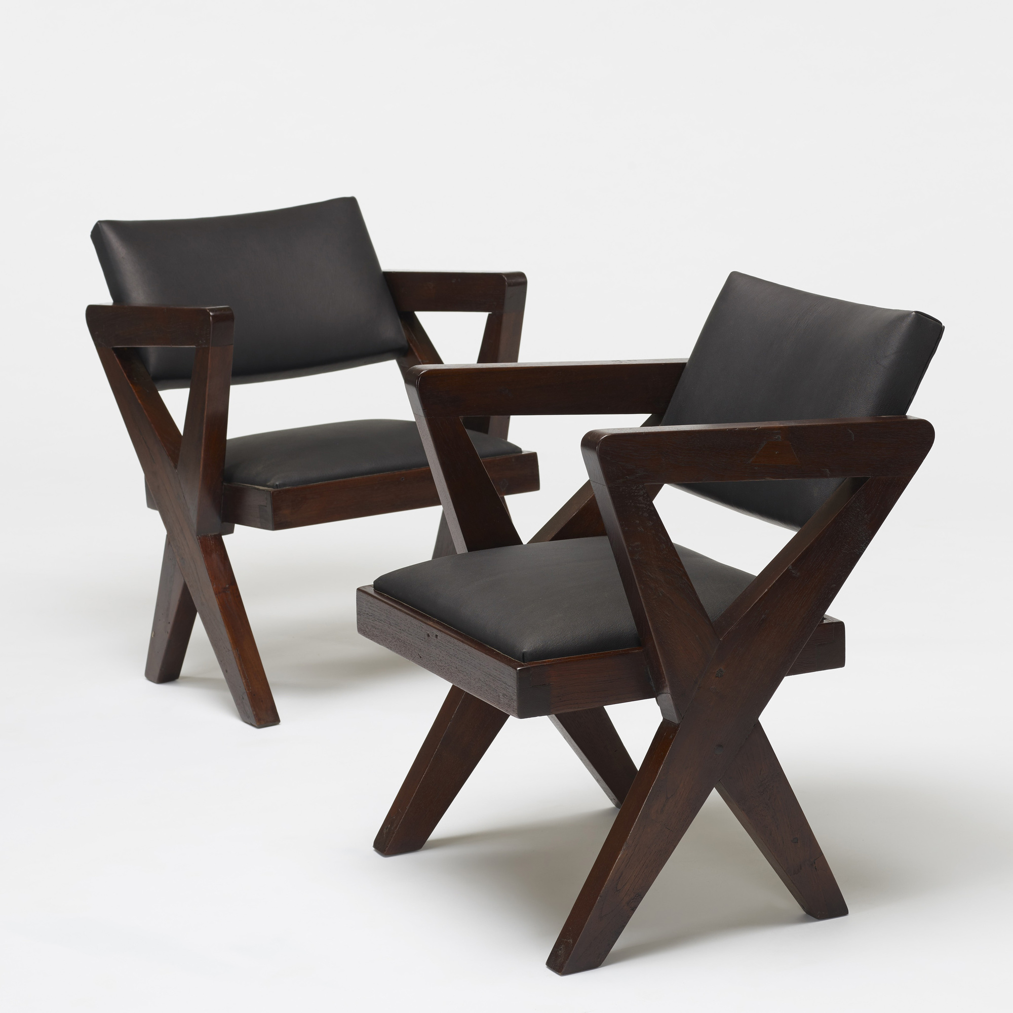 101: Pierre Jeanneret / pair of Showroom armchairs from the Tagore Theater, Chandigarh (3 of 4)