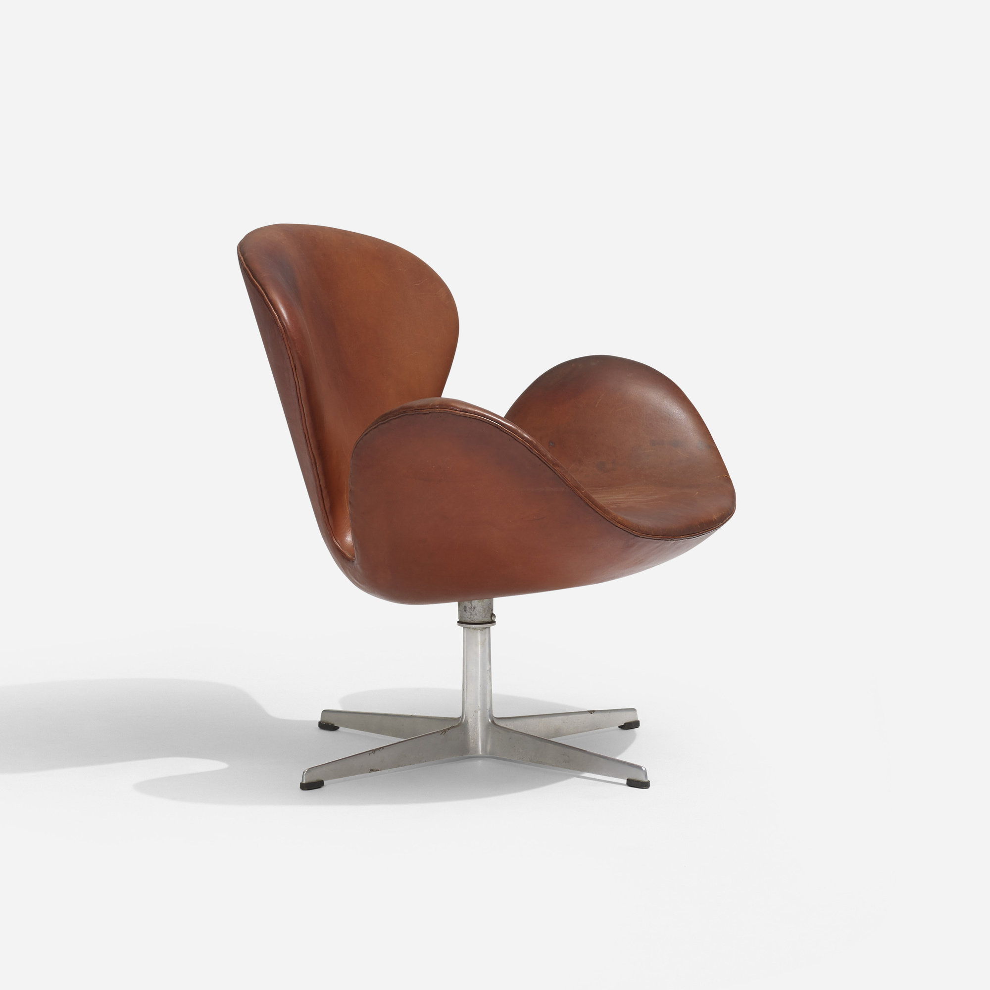 103: Arne Jacobsen / Swan chair (1 of 3)
