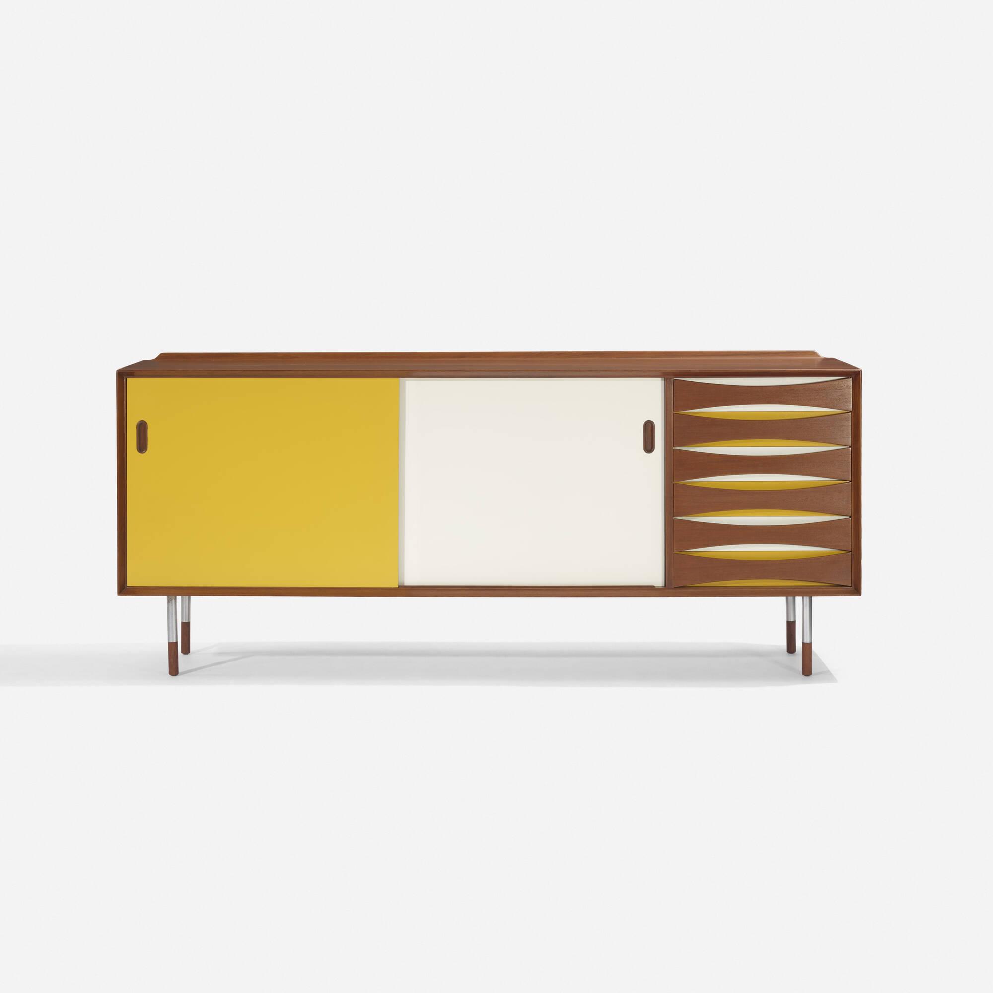 103: Arne Vodder / cabinet (1 of 4)