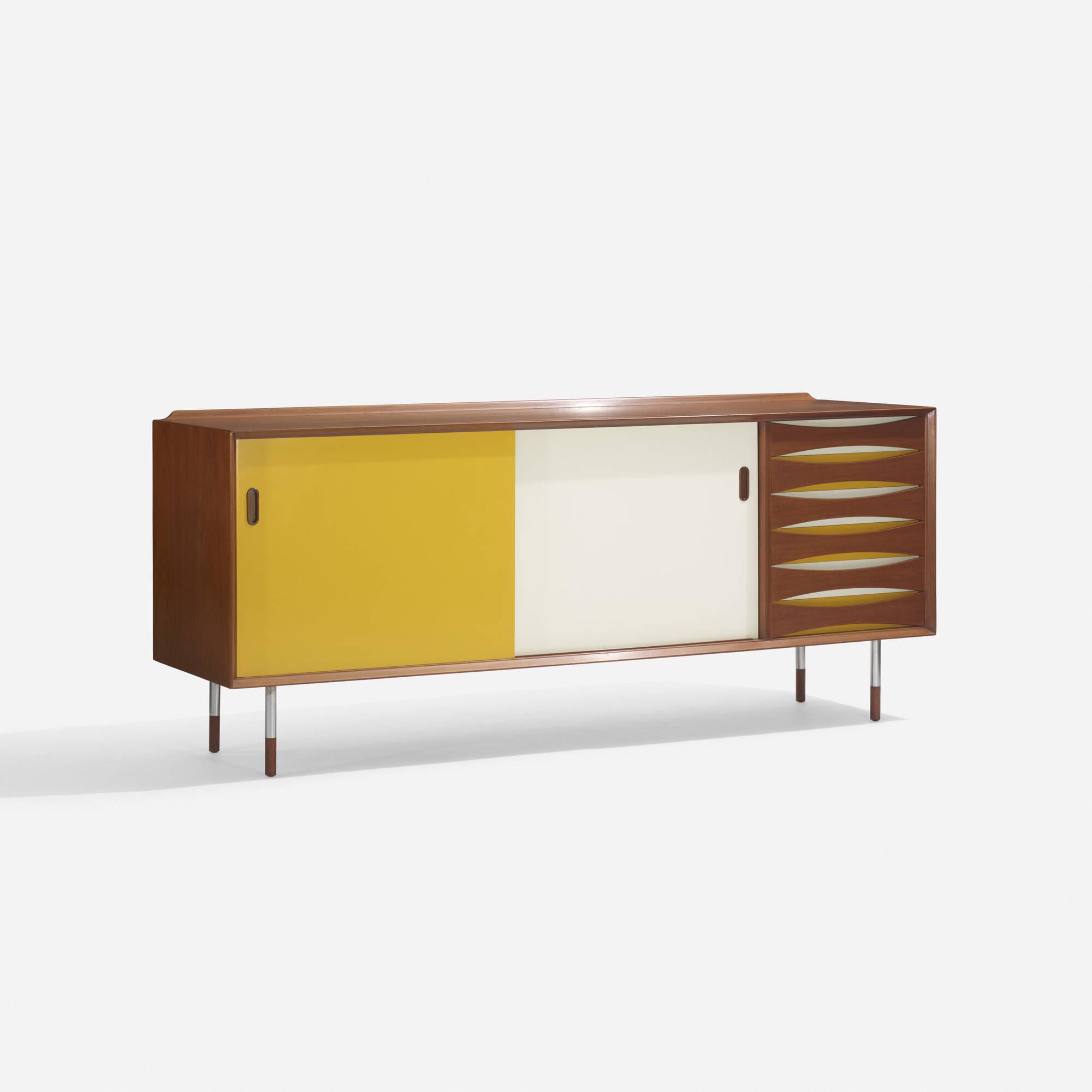 103: Arne Vodder / cabinet (2 of 4)