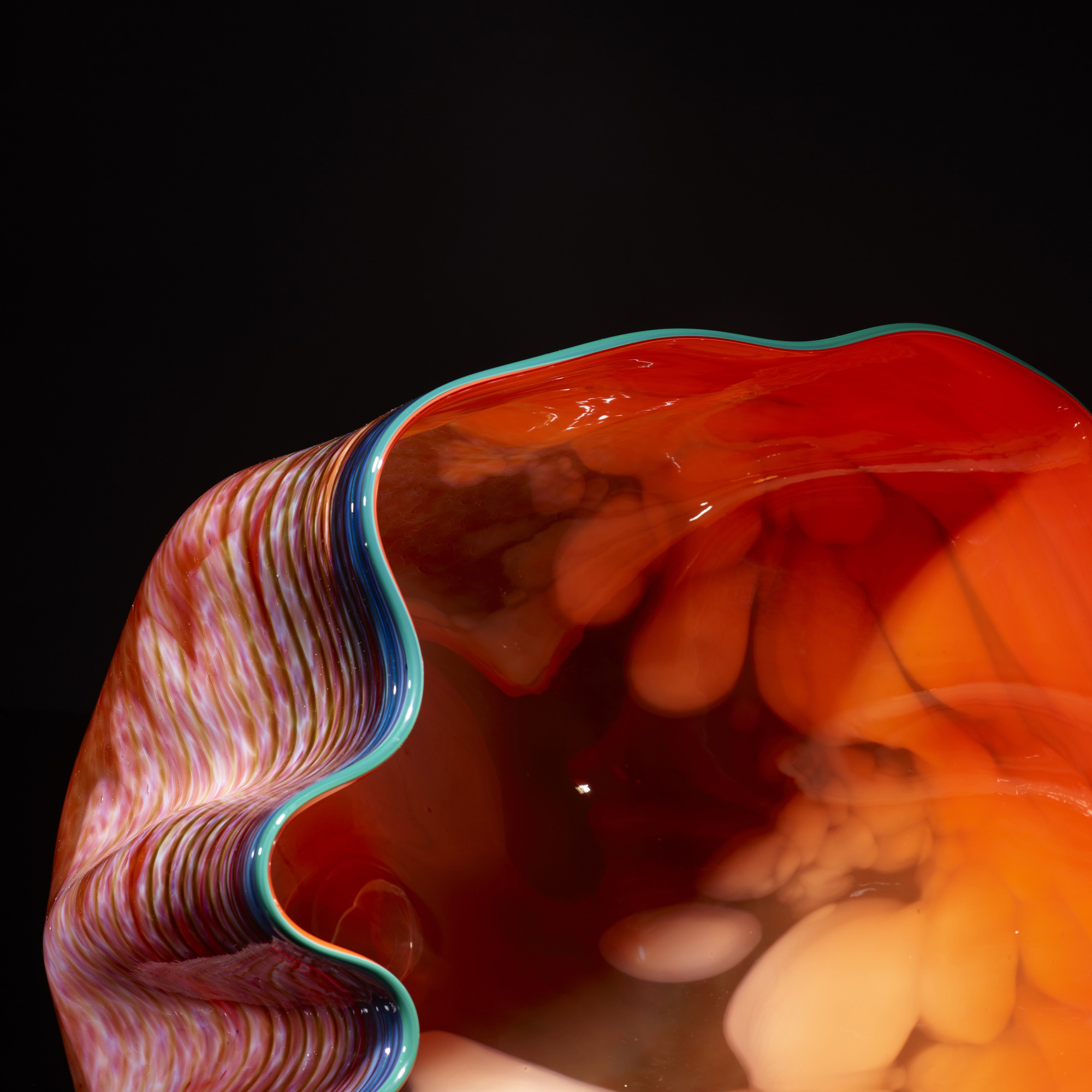 103: Dale Chihuly / Cadmium Red Light Macchia with Emerald Lip Wrap (3 of 4)