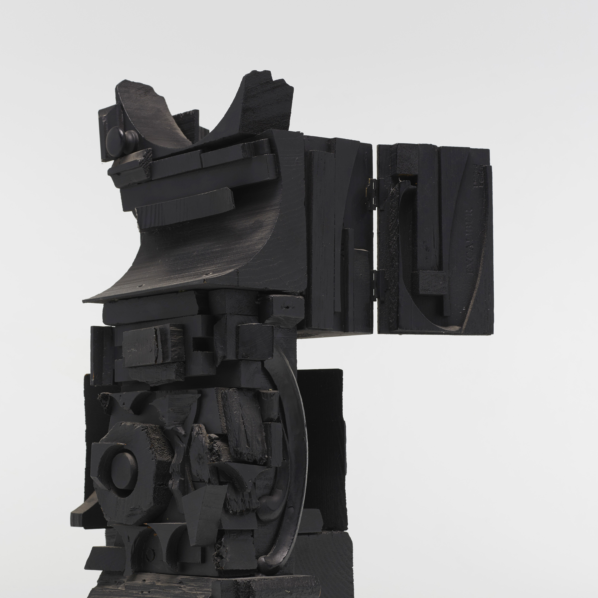 105: Louise Nevelson / Sky Series D (5 of 5)