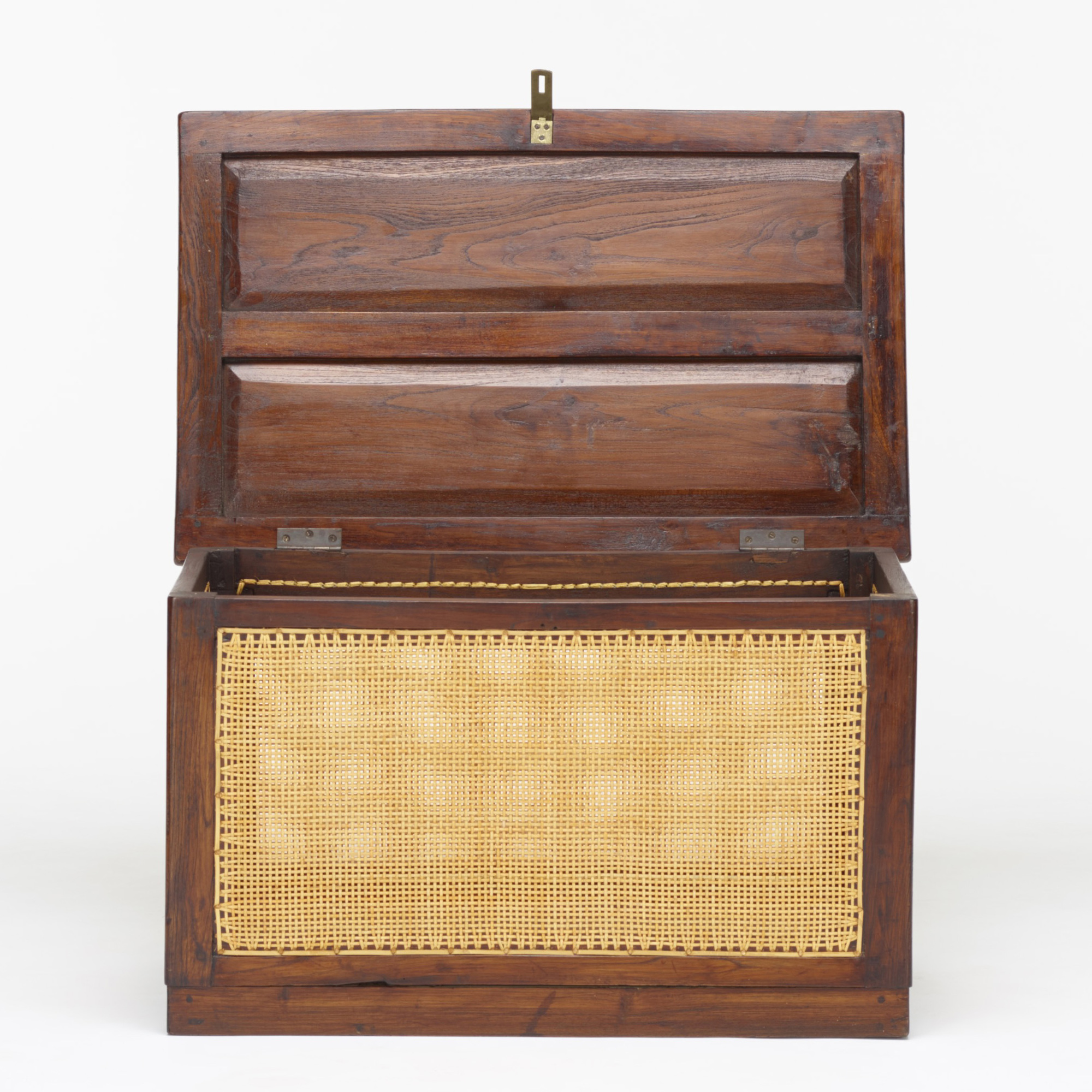 108: Pierre Jeanneret / linen chest from the M.L.A. Flats building, Chandigarh (3 of 3)