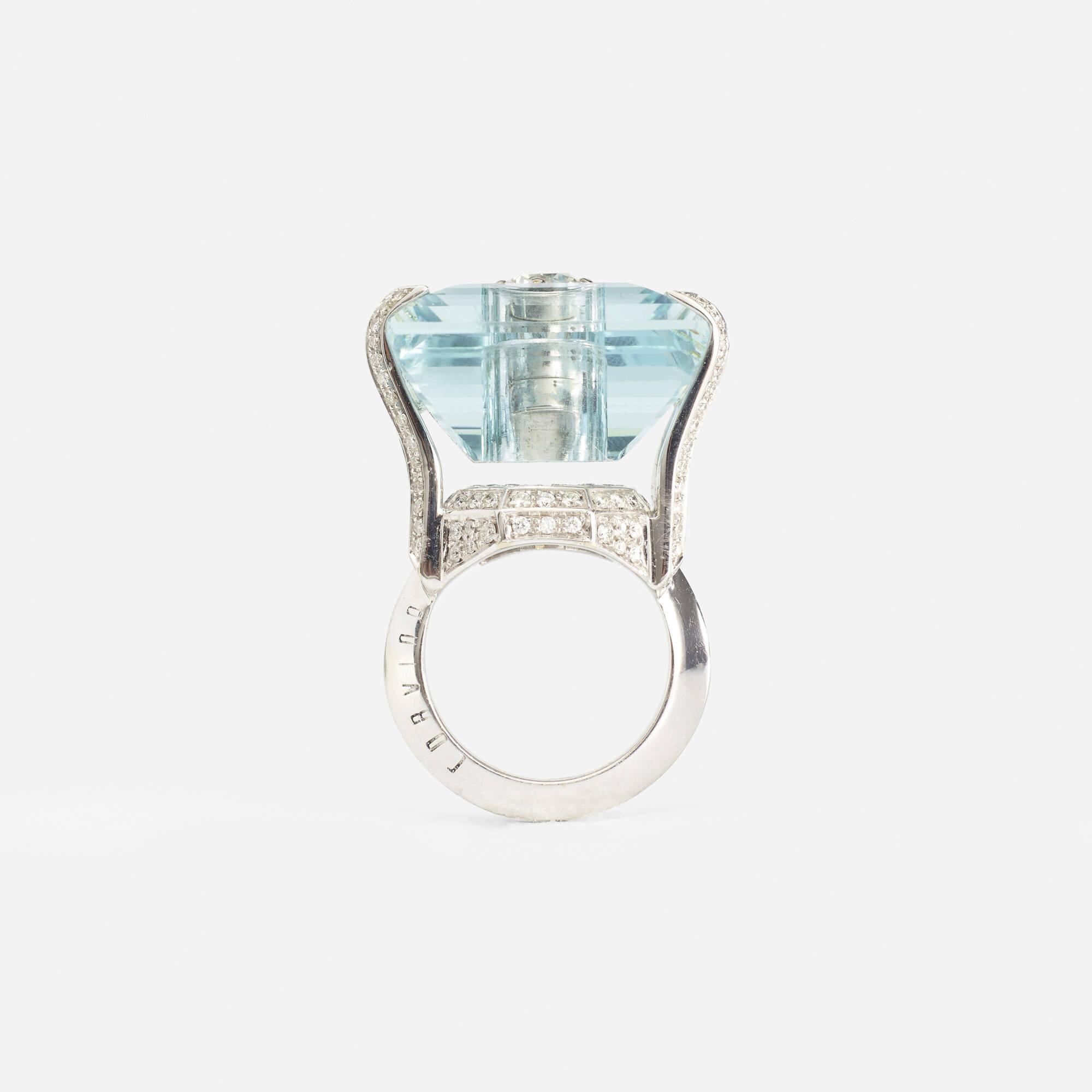 108: Corvino / A gold, aquamarine and diamond ring (3 of 3)