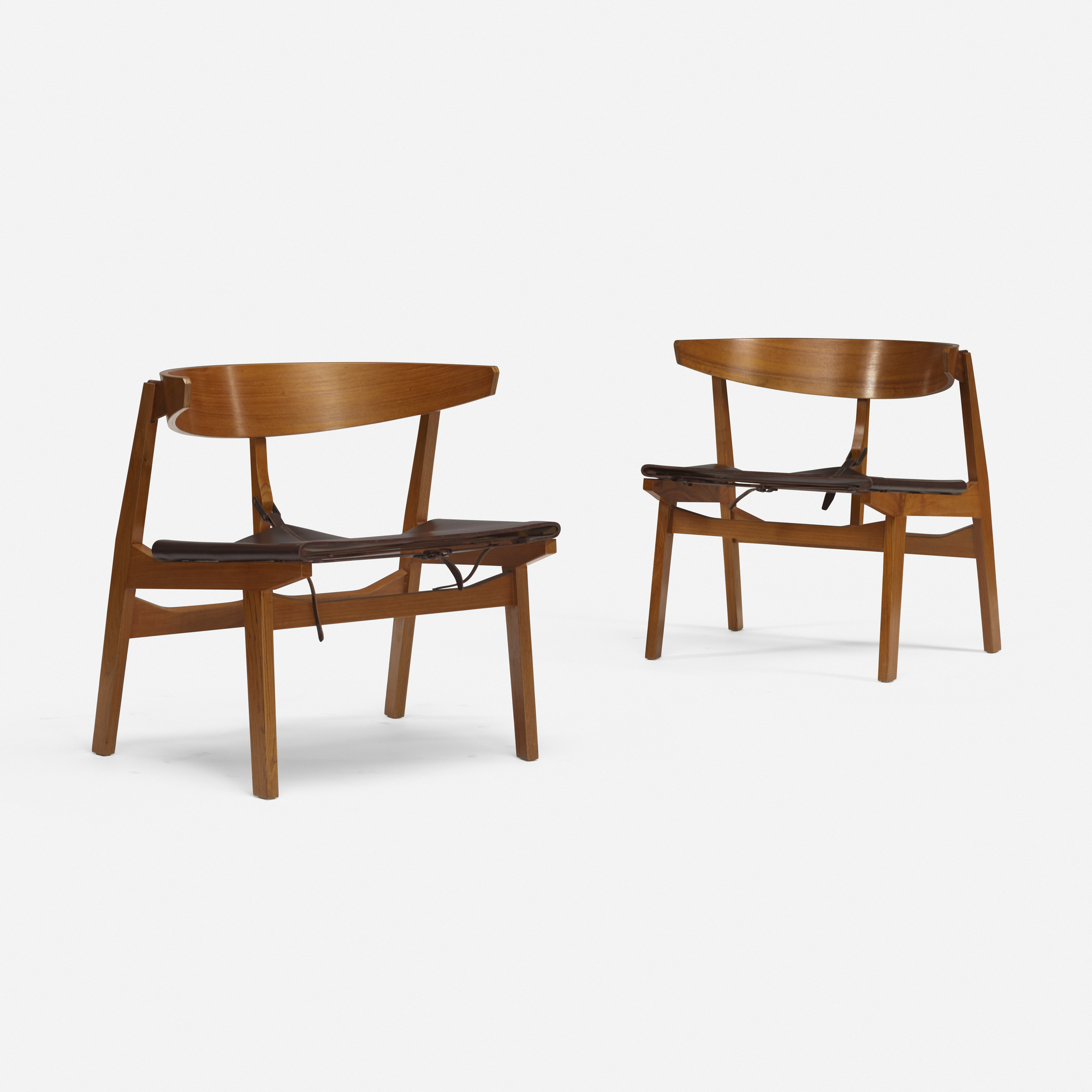 109: Italian / Lounge Chairs, Pair (1 Of 3)