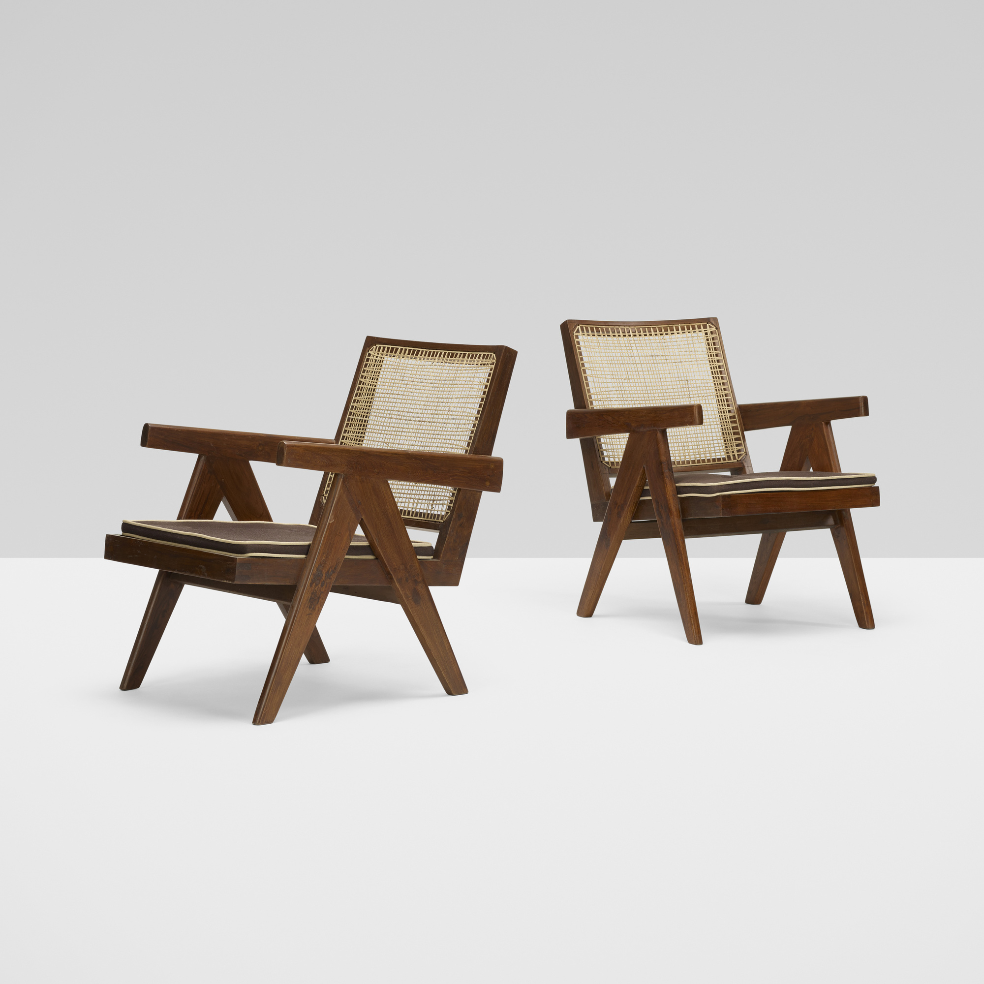 110: Pierre Jeanneret / pair of Easy armchairs from Chandiarh (1 of 3)