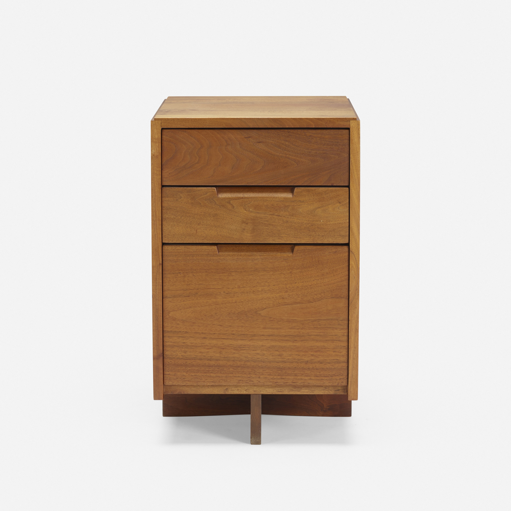 112: George Nakashima / nightstand (2 of 3)