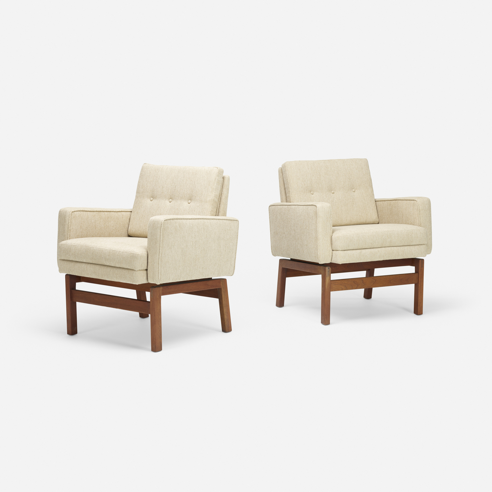 113: Jens Risom / lounge chairs, pair (1 of 3)