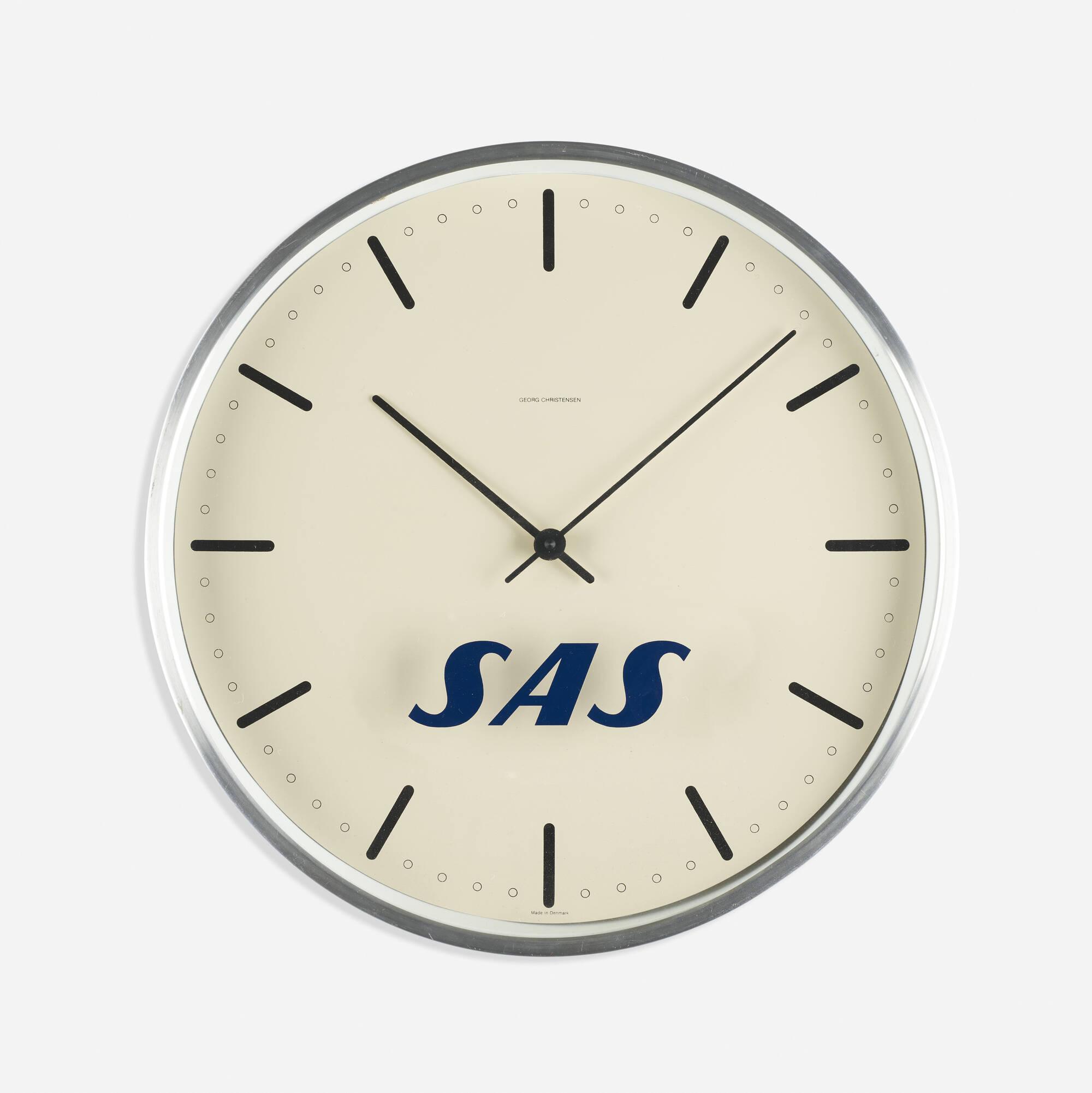 113: Arne Jacobsen / City Hall wall clock for SAS (1 of 1)