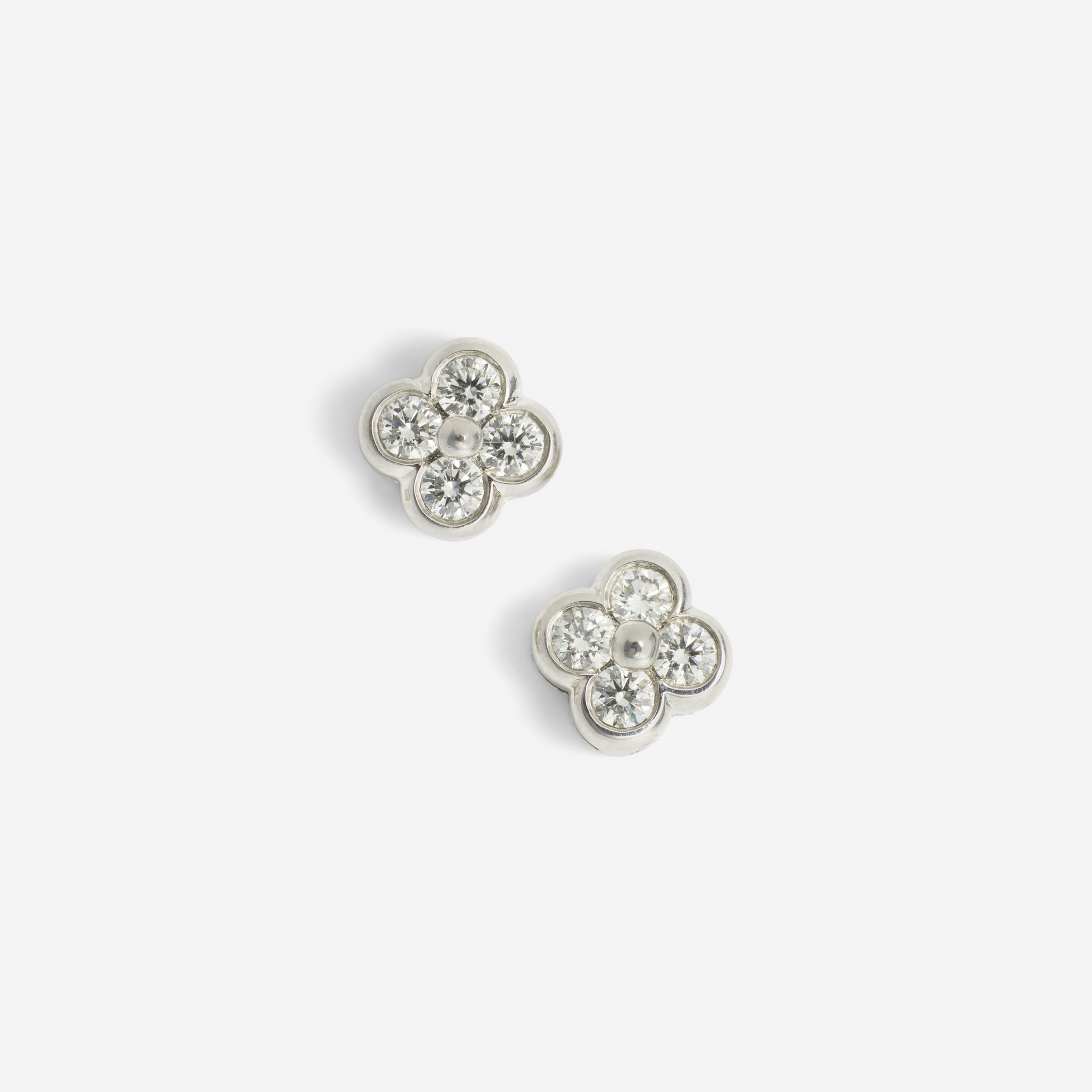 115: Tiffany & Co. / A pair of platinum and diamond earrings (1 of 1)