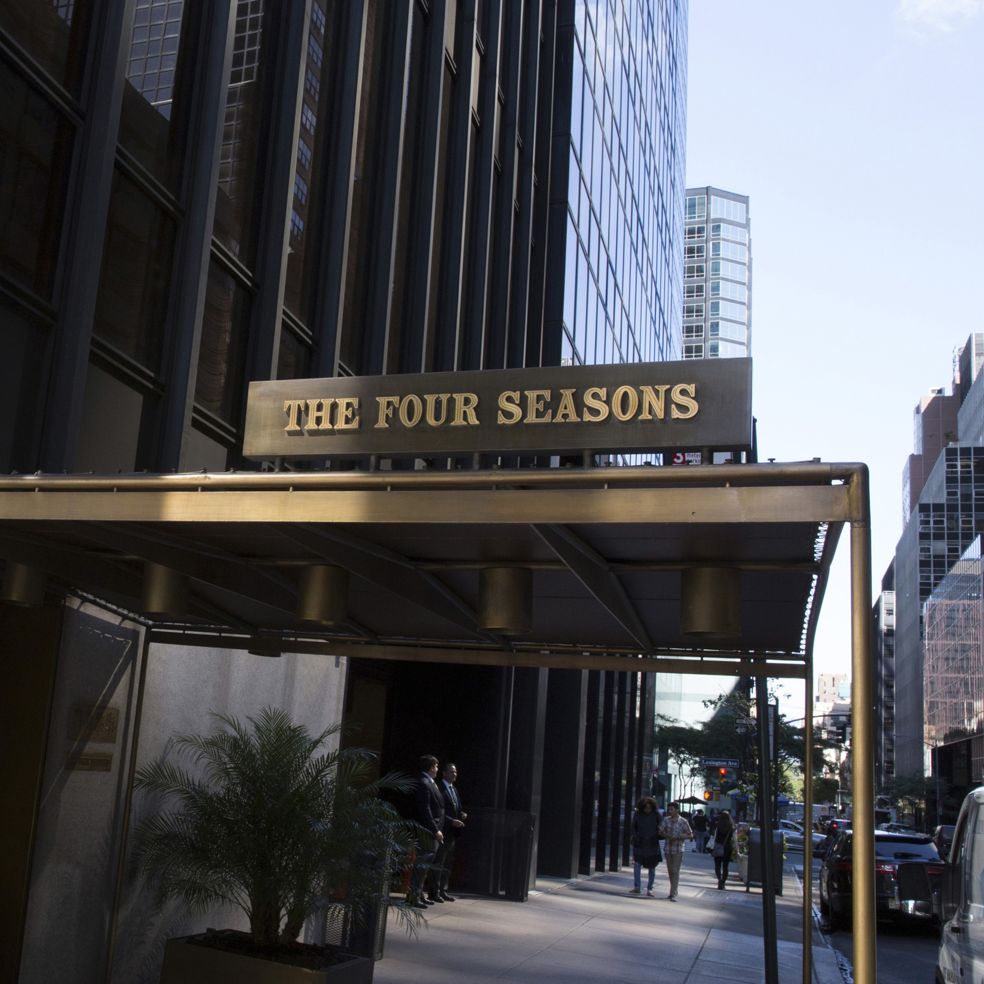 115: Emil Antonucci / The Four Seasons illuminated sign from the entrance awning (1 of 1)