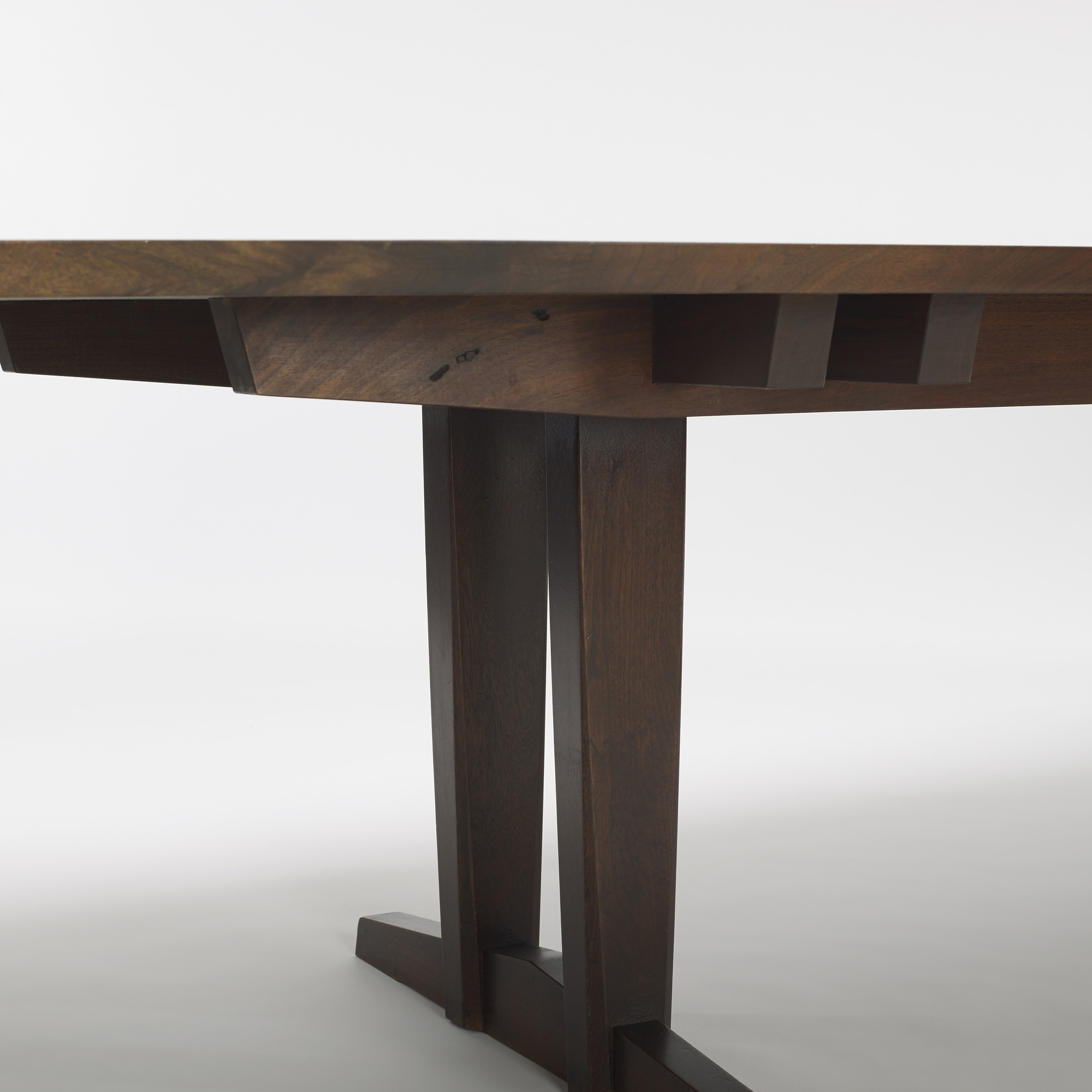 Nakashima Table 115: george nakashima / rare and important minguren iv dining