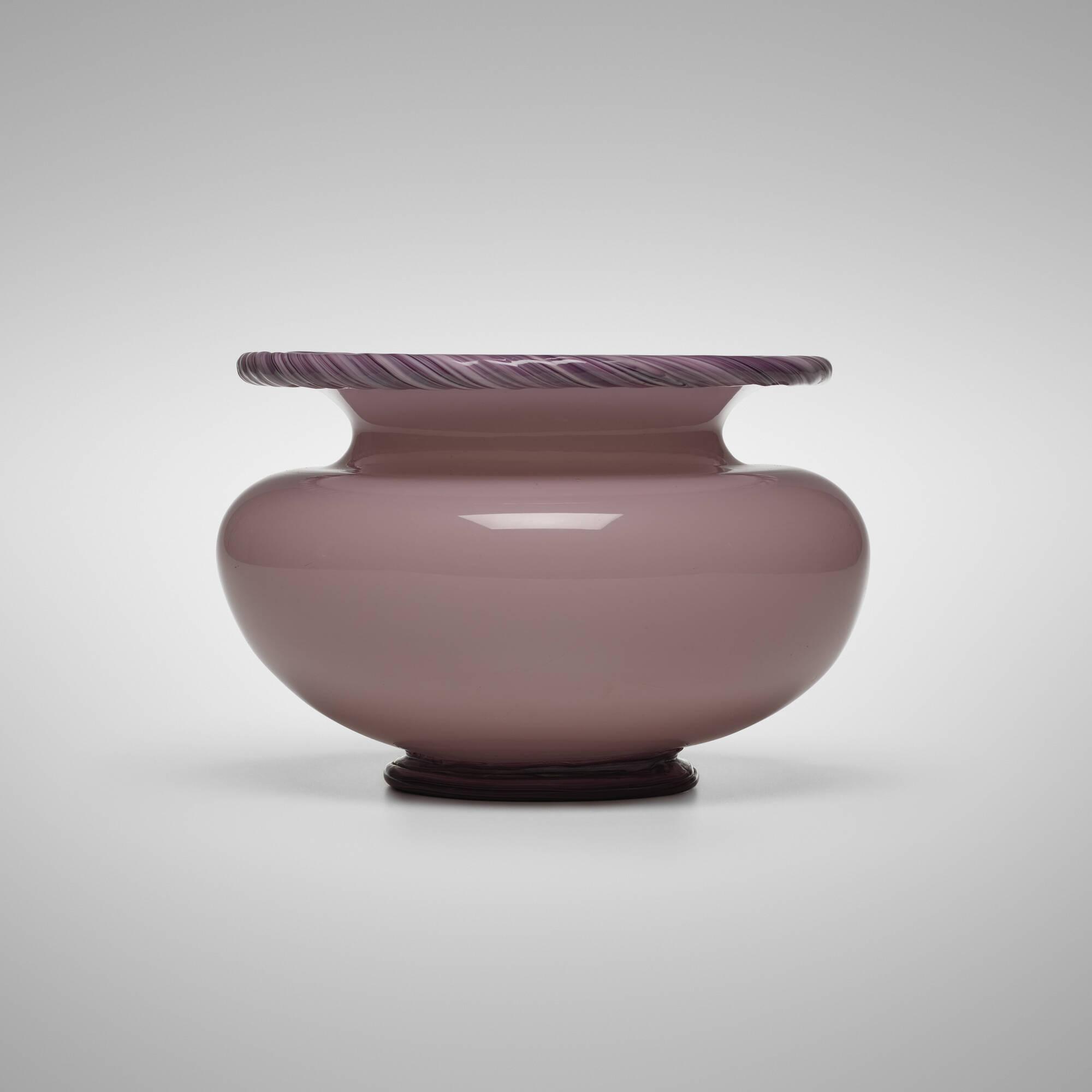 116: Napoleone Martinuzzi / vase, model 3223 (1 of 3)