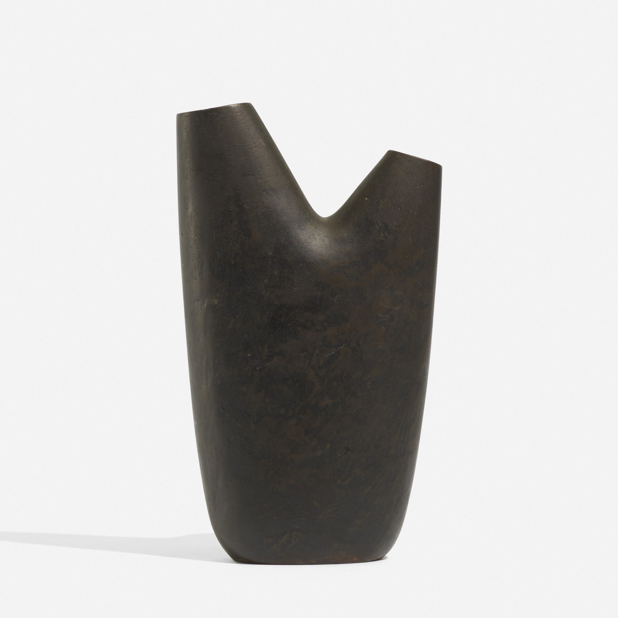 117: Carl Auböck II / vase, model 3793 (1 of 3)