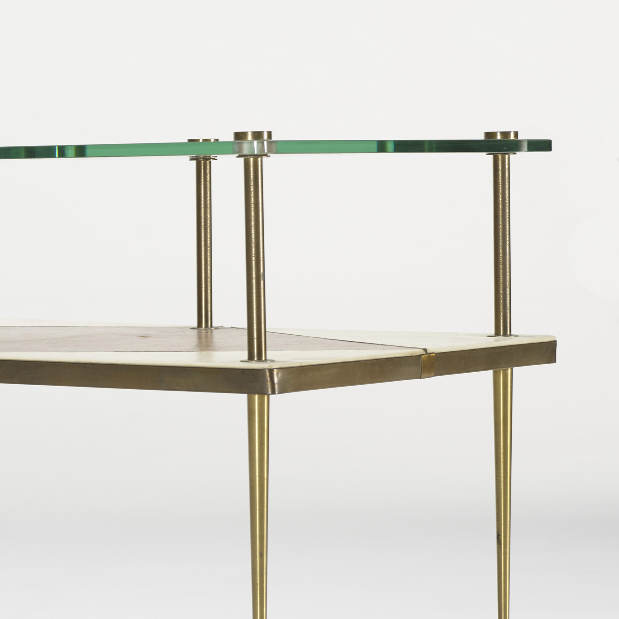 117: American / occasional tables, pair (3 of 4)