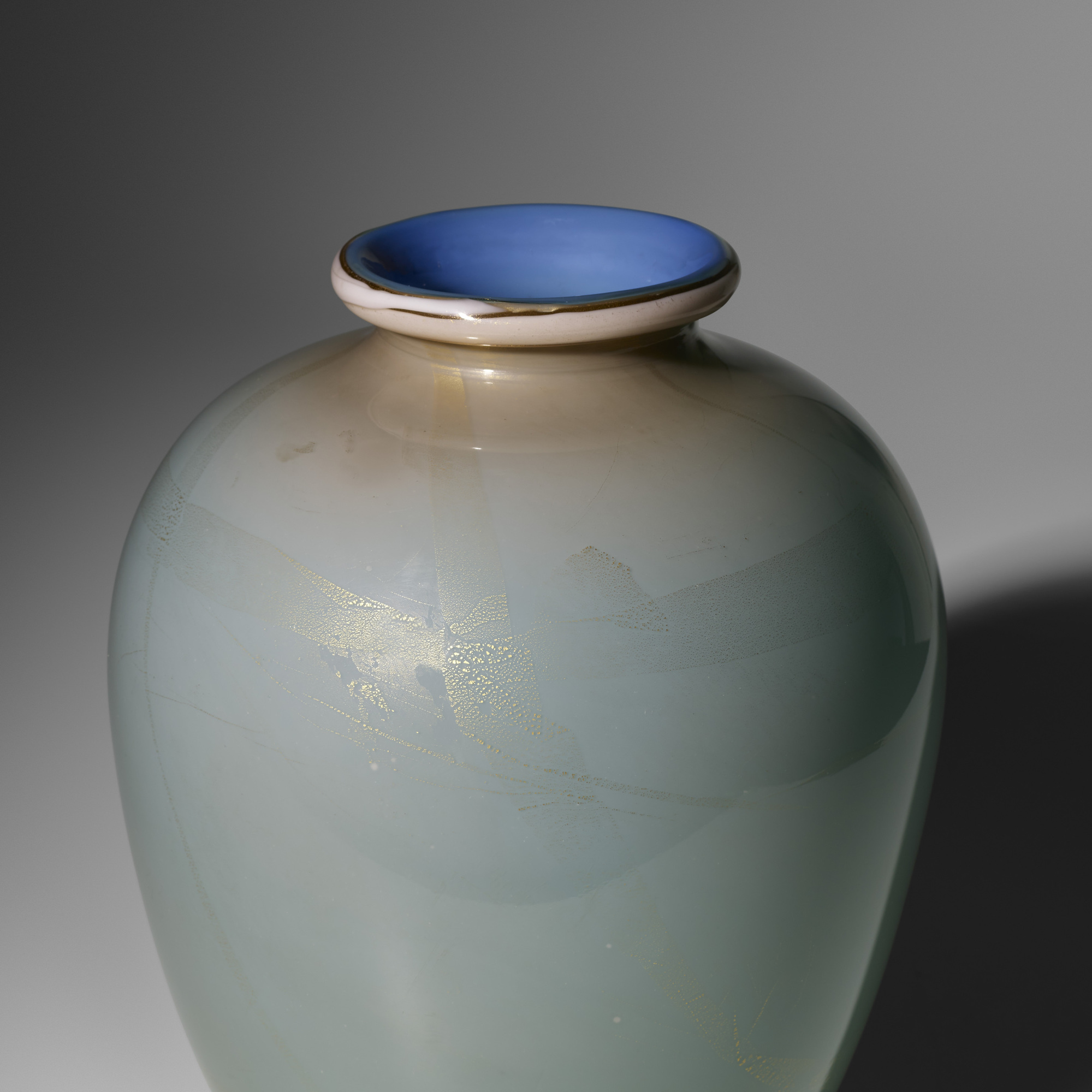118: Tomaso Buzzi / monumental Alga vase, model 1872 (2 of 3)