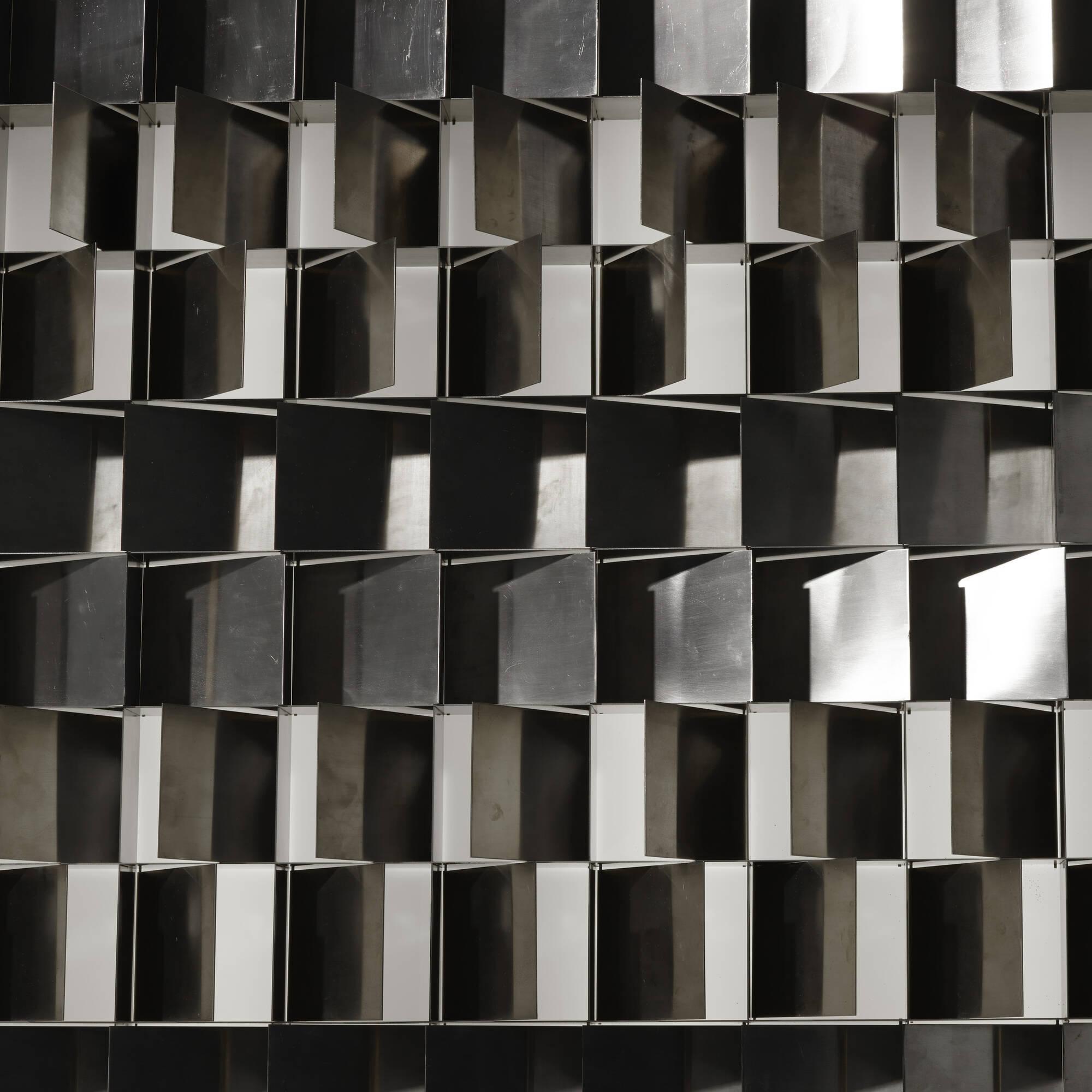 11: Gianfranco Fini / Programma wall light (3 of 3)