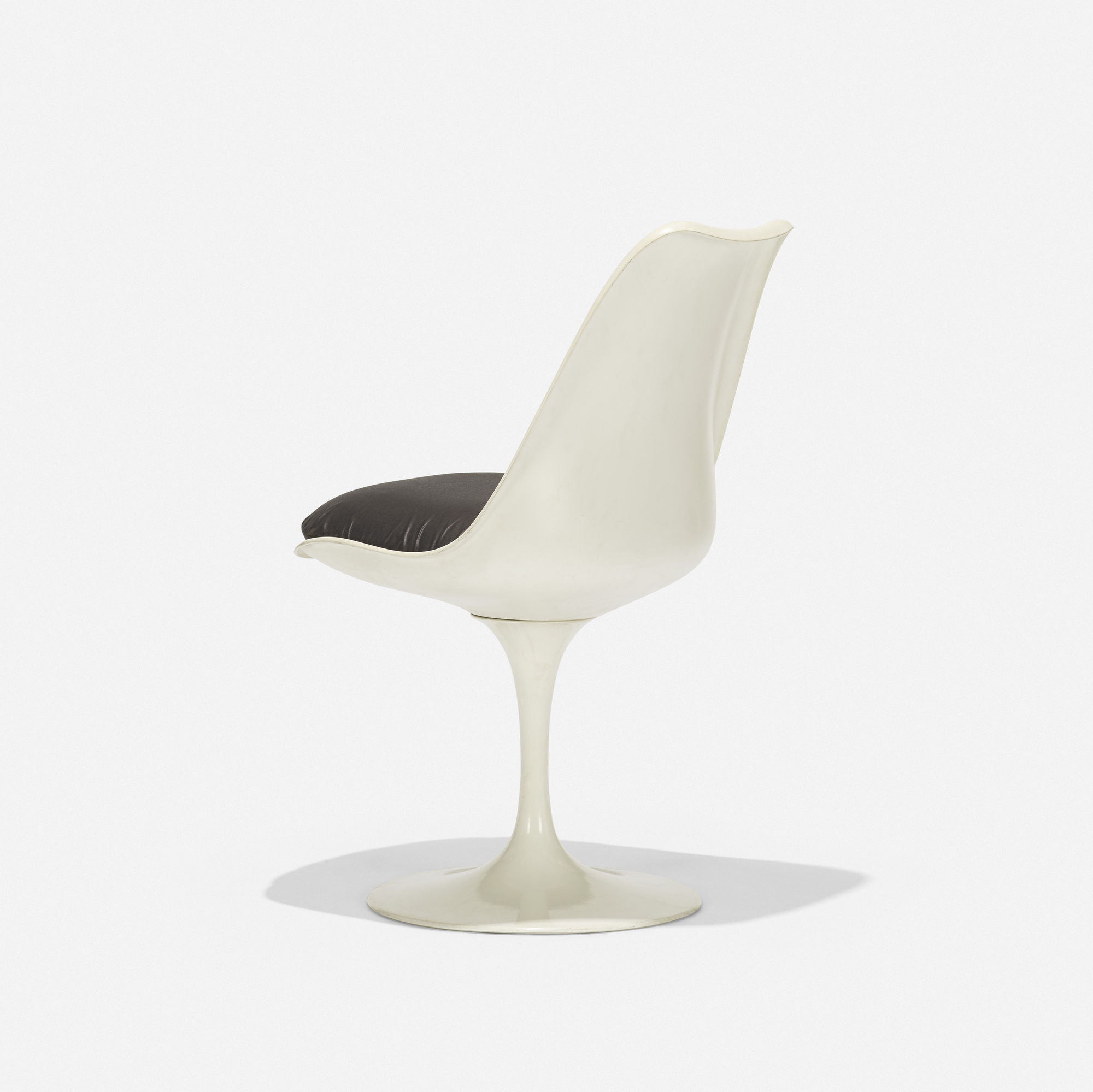121: Eero Saarinen / Tulip chair (1 of 3)