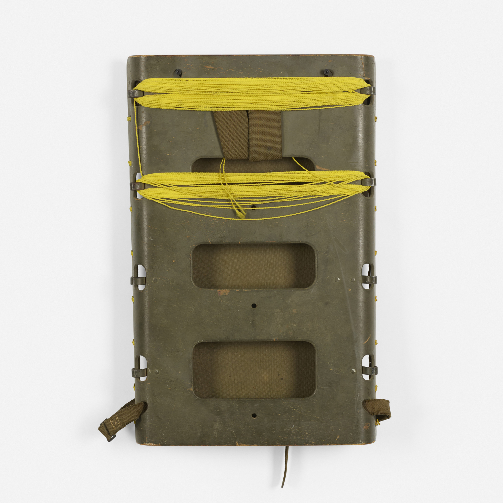 121: Red Lion Cabinet Co. / US Army backpack frame (2 of 3)