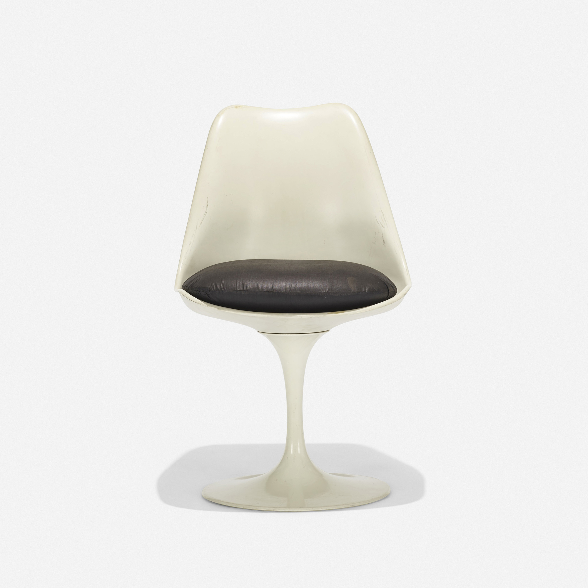 121: Eero Saarinen / Tulip chair (2 of 3)