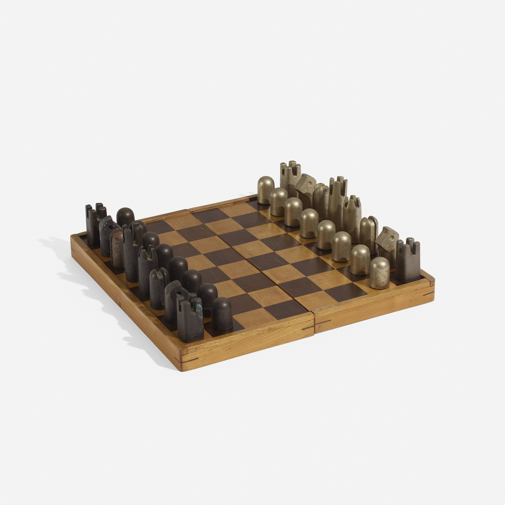 121: Carl Auböck III / chess set (2 of 4)