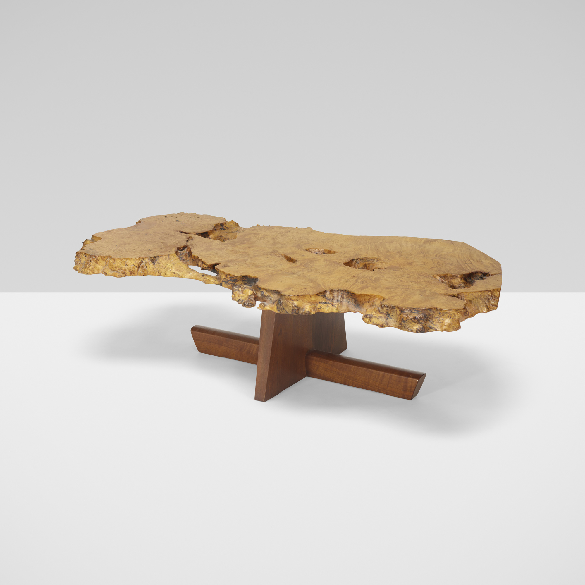 122 GEORGE NAKASHIMA Minguren I coffee table Design 8