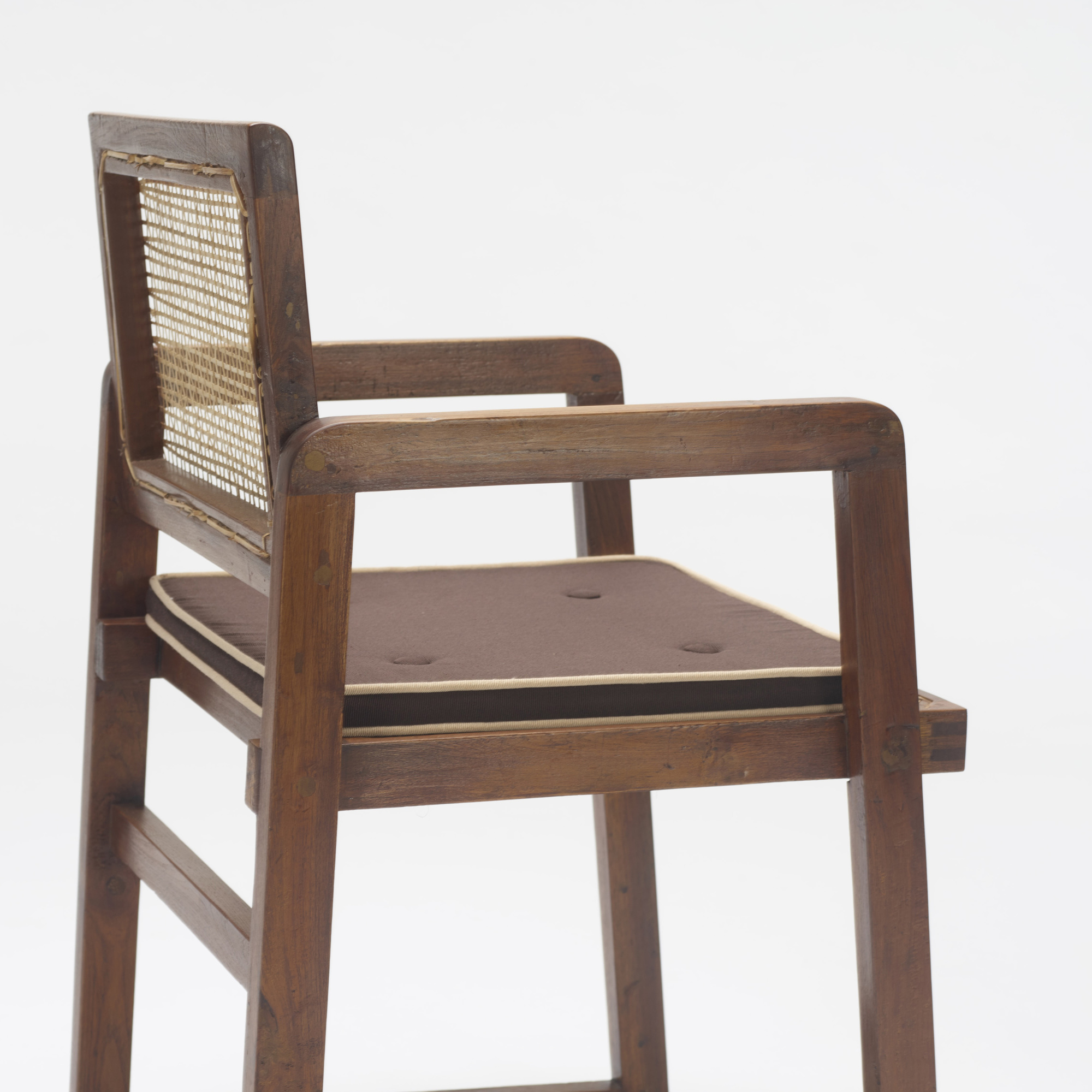 123: Pierre Jeanneret / armchair from Chandigarh (3 of 3)