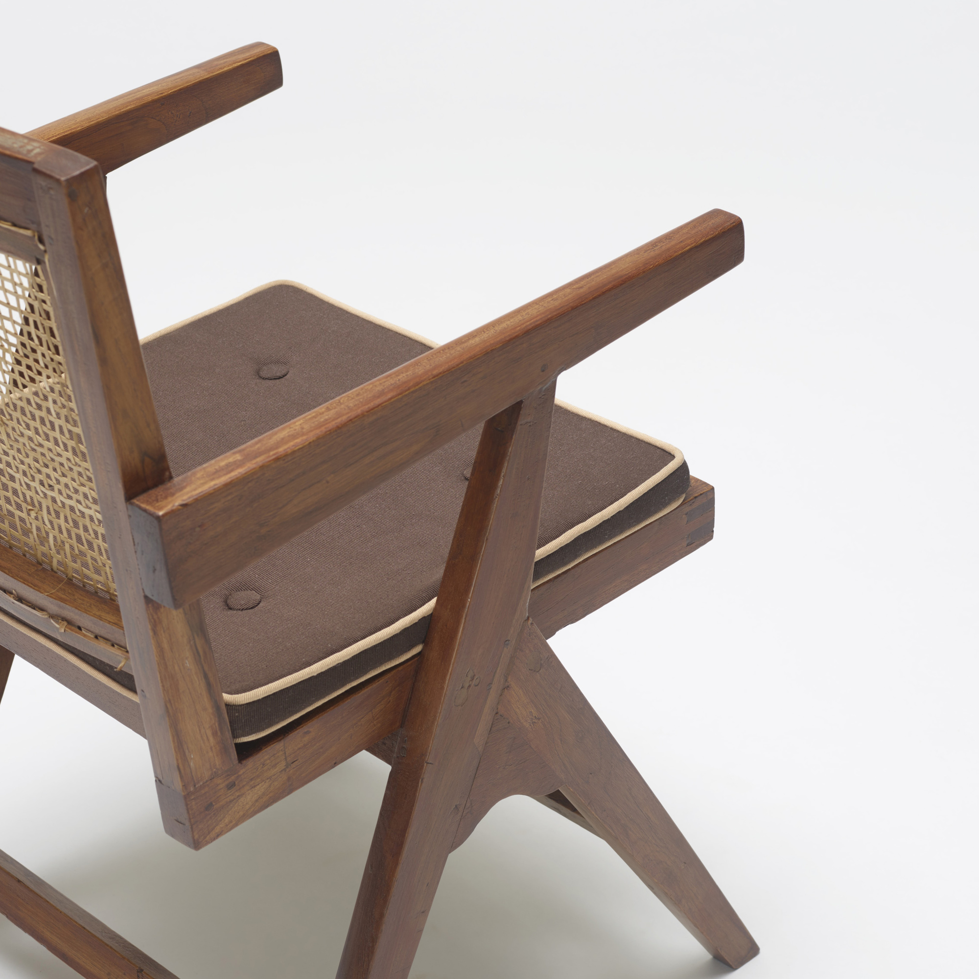 124: Pierre Jeanneret / armchair from Chandigarh (3 of 3)