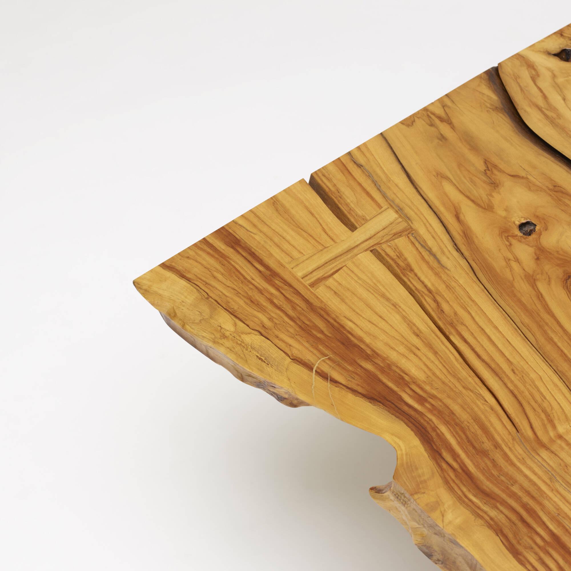 126: Mira Nakashima / Minguren I coffee table (3 of 4)