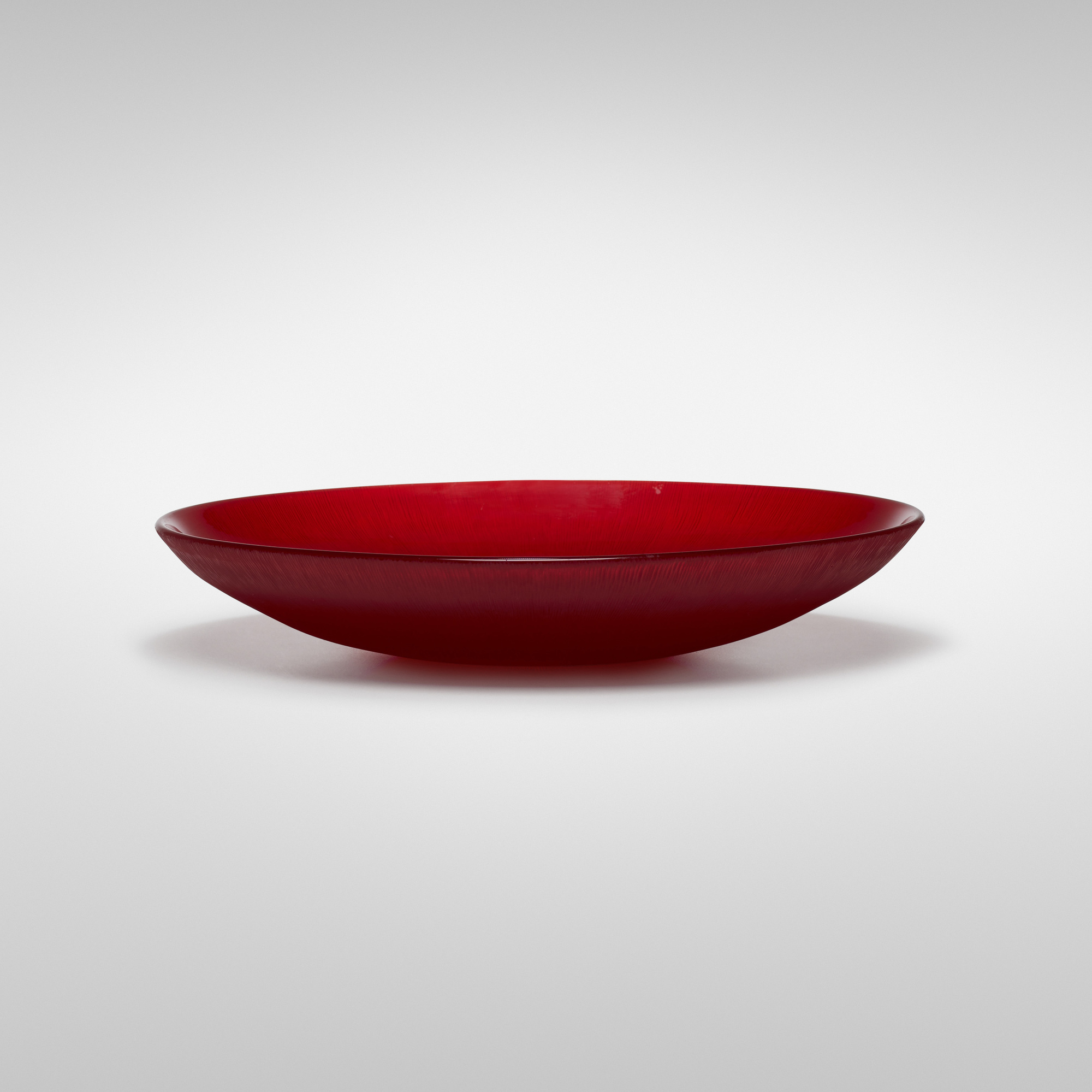 128: Carlo Scarpa / Battuto bowl, model 3760 (1 of 2)