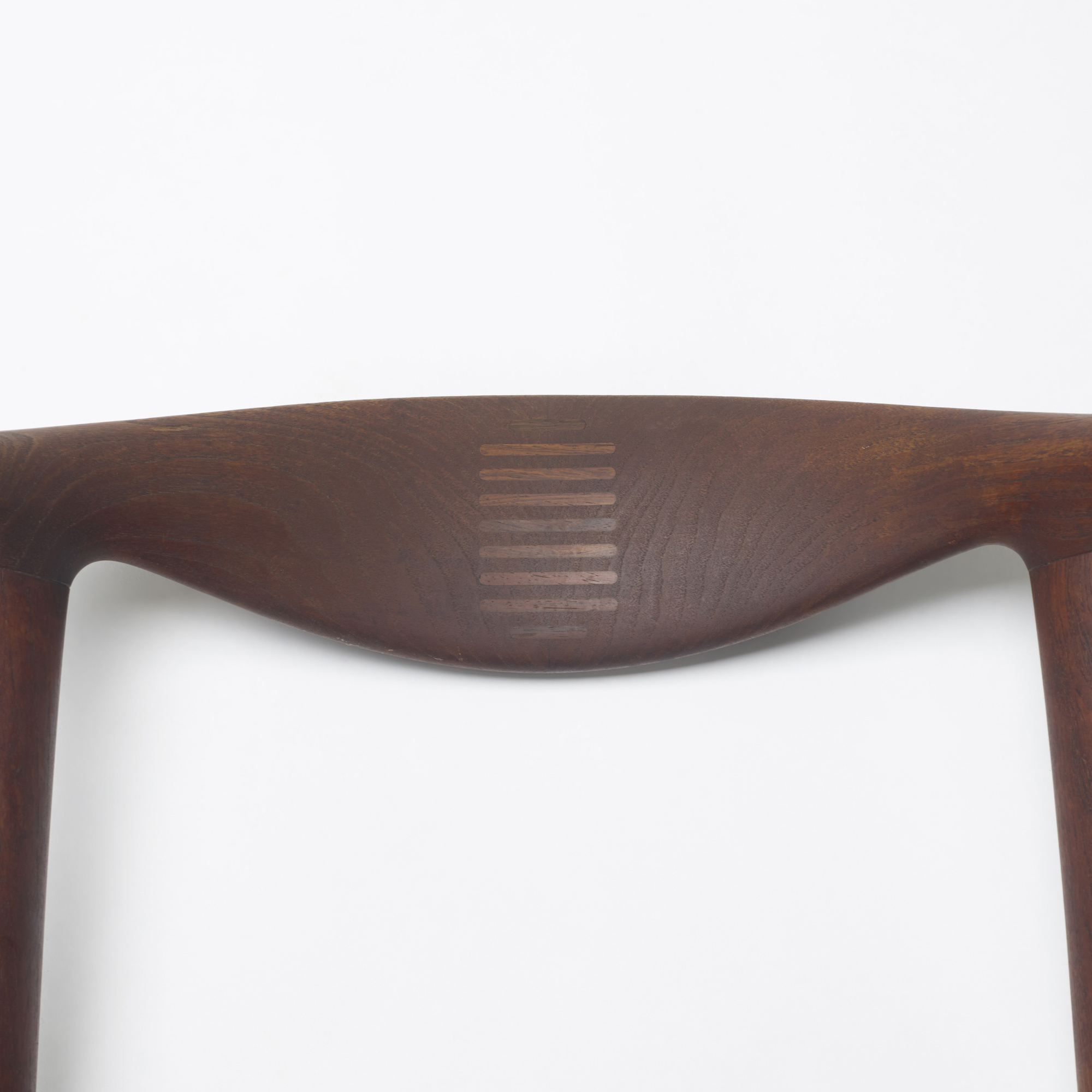 128: Hans J. Wegner / Cow Horn chairs, pair (2 of 3)