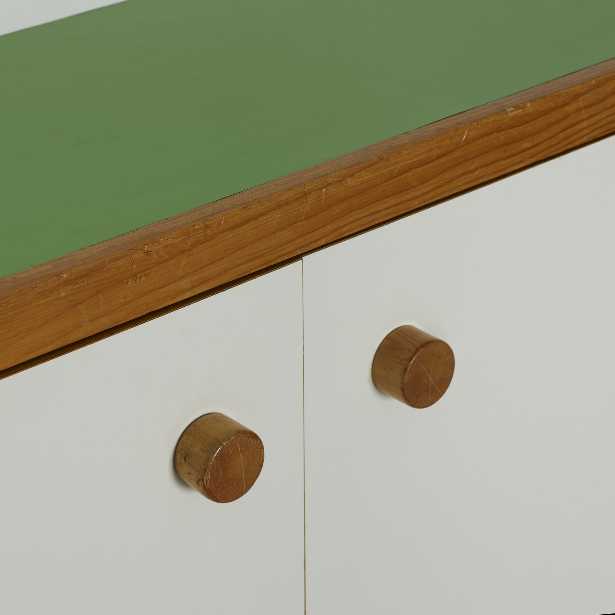 128: Charlotte Perriand / wall-mounted cabinet from Les Arcs (3 of 3)