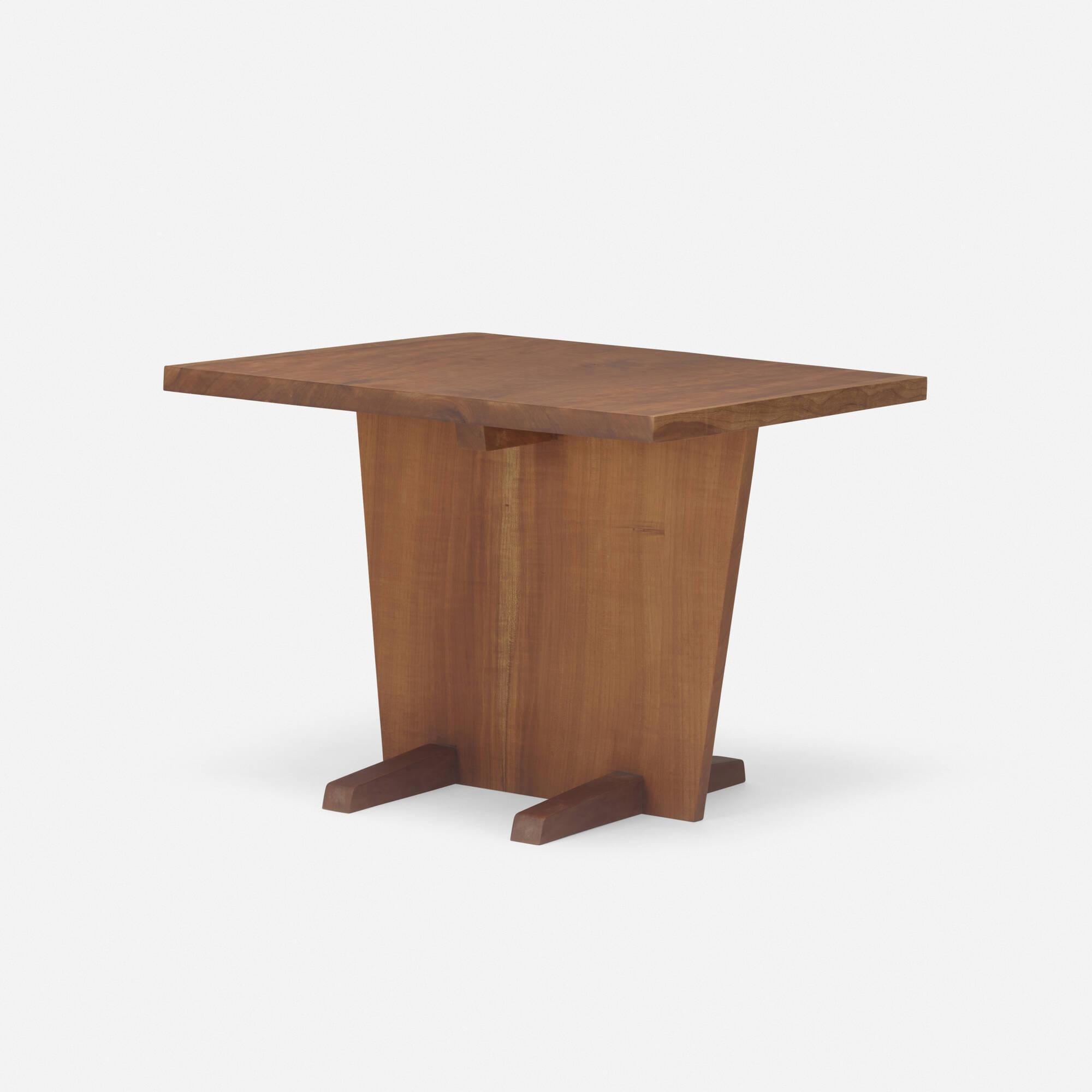 129: George Nakashima / Minguren I occasional table (1 of 1)