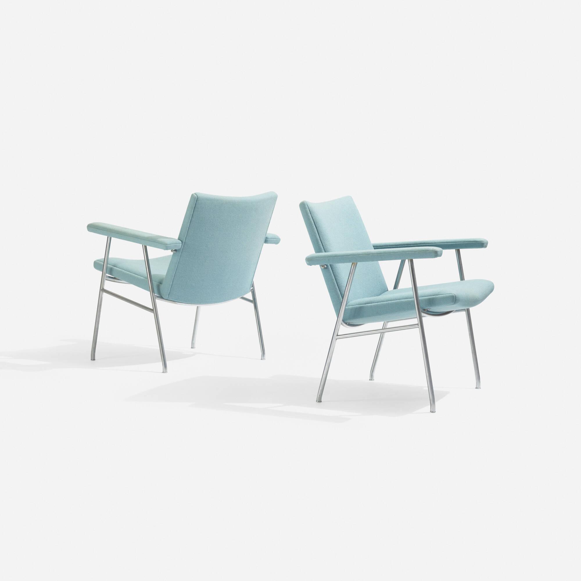 129: Hans J. Wegner / lounge chairs model AP 52, pair (1 of 3)