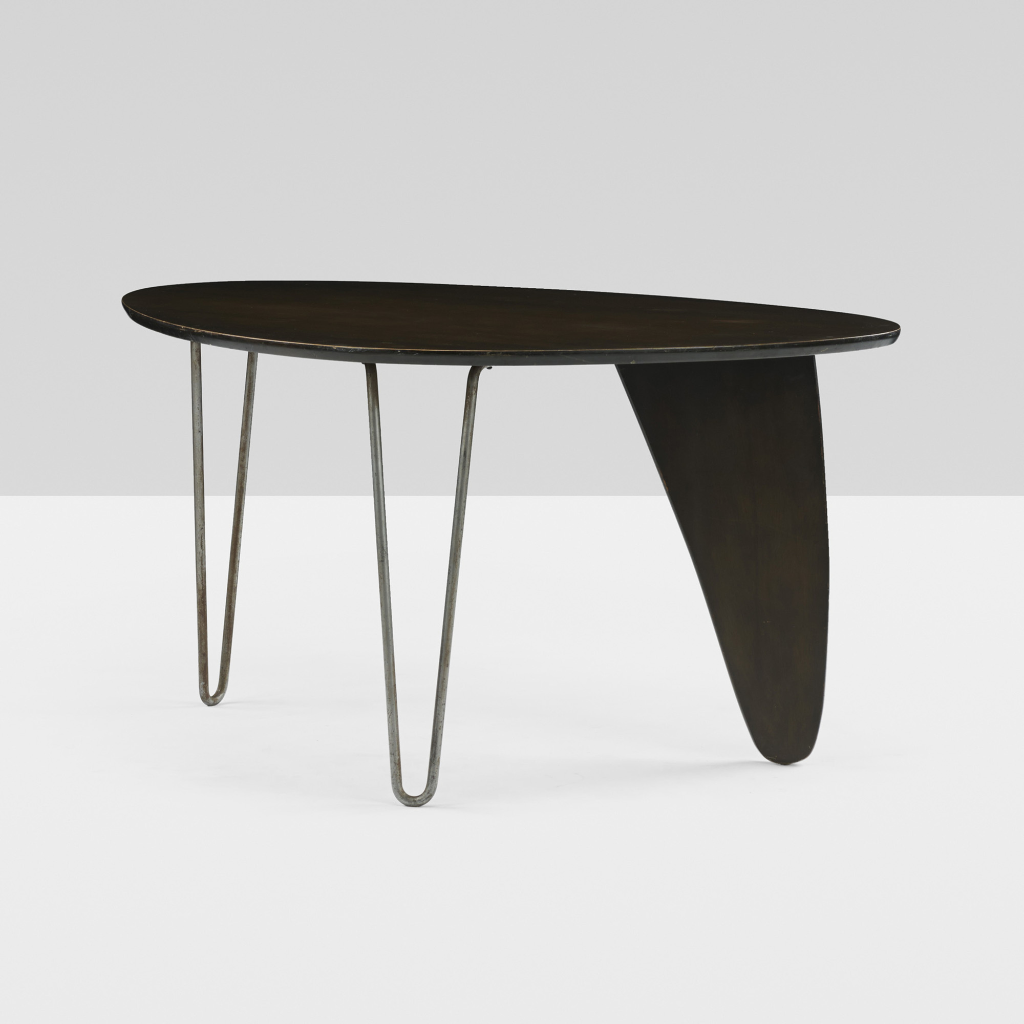 ISAMU NOGUCHI Rare And Important Rudder Dining Suite From The - Noguchi rudder table