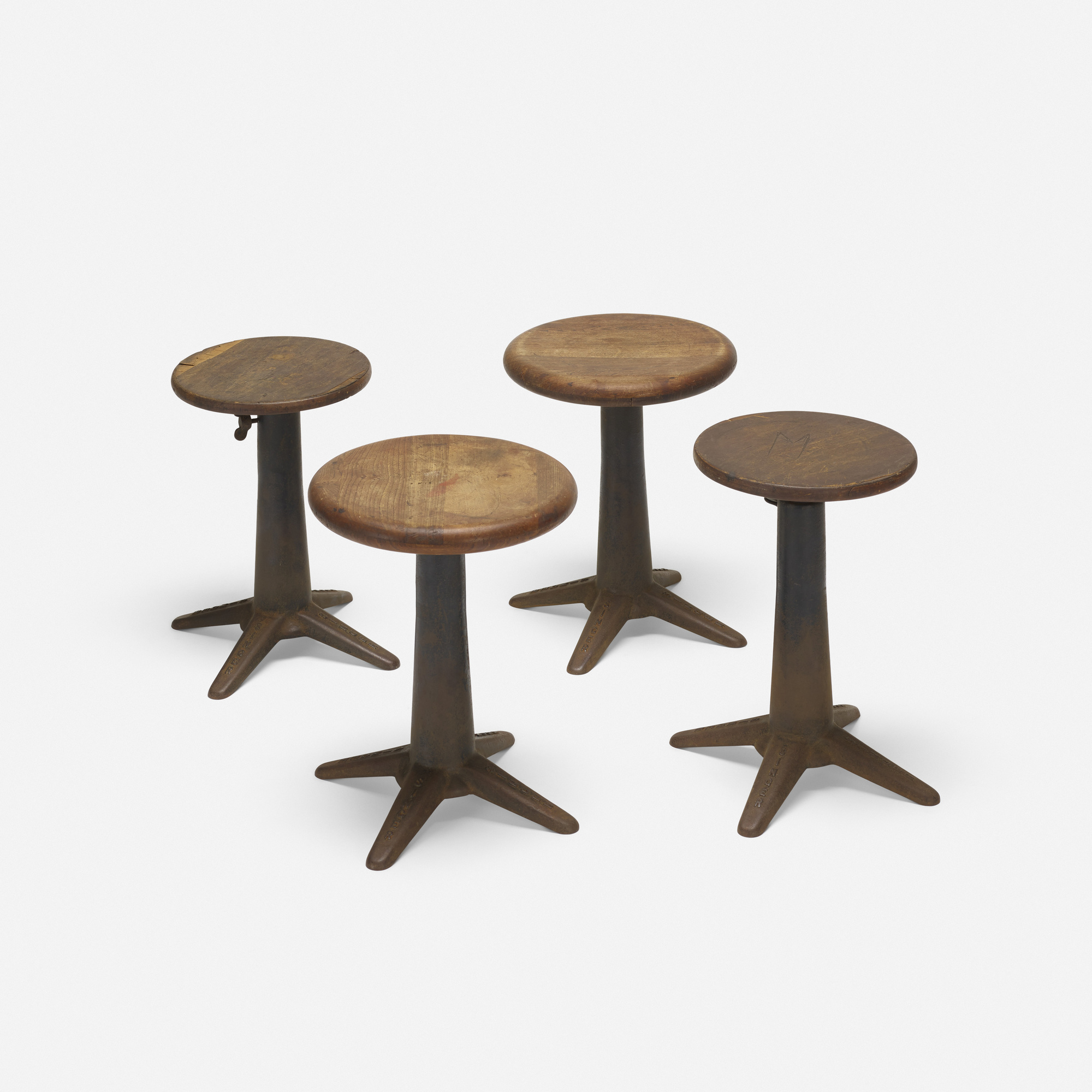 130: Singer / sewing stools, set of four (1 of 2)