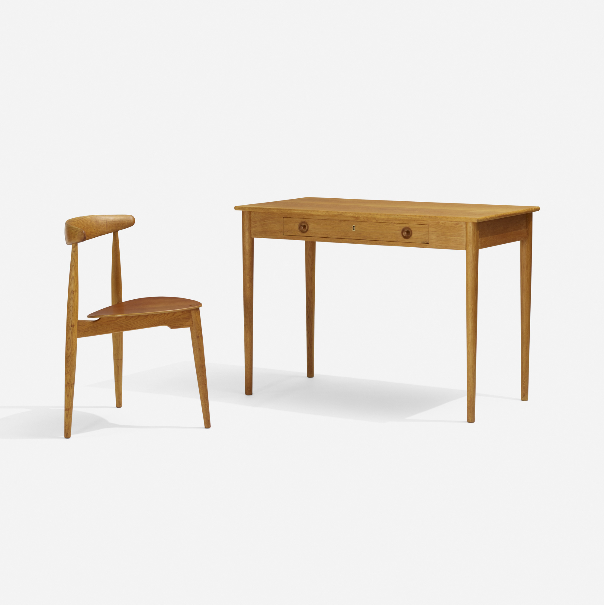 130: Hans J. Wegner / desk and Heart chair (1 of 3)