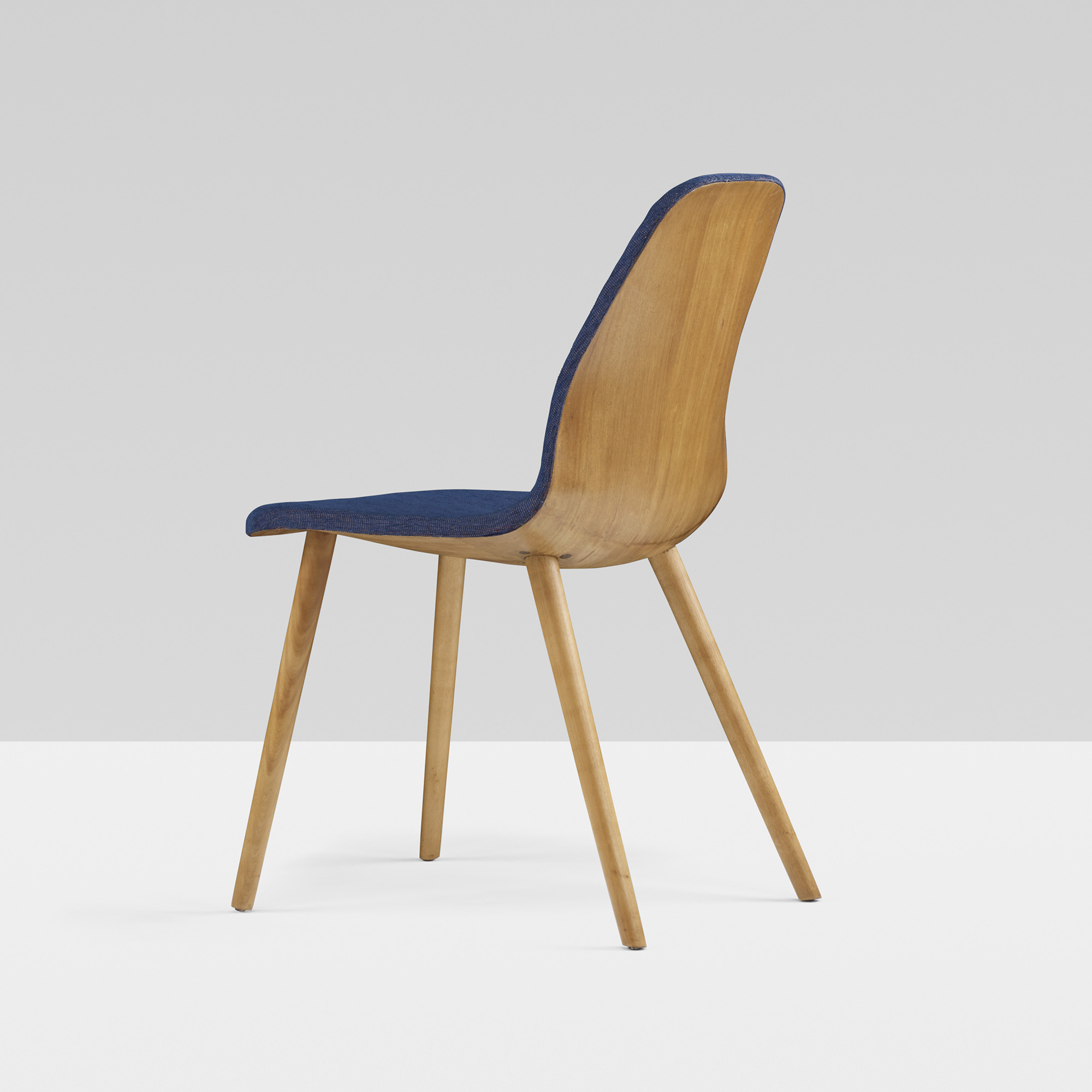Organic design in home furnishings eames saarinen - Home design