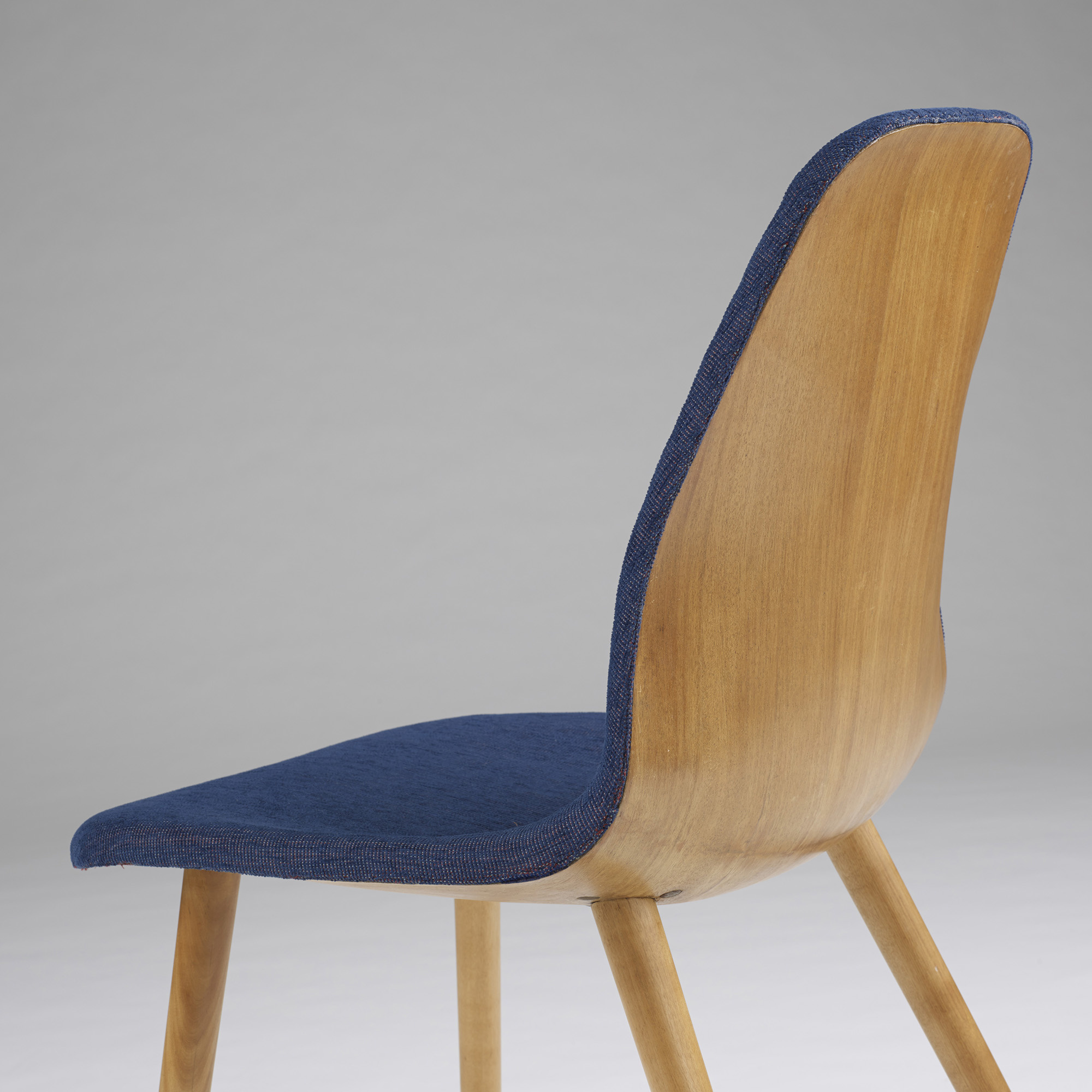 131 Charles Eames And Eero Saarinen Chair From The Museum Of Modern Art Organic