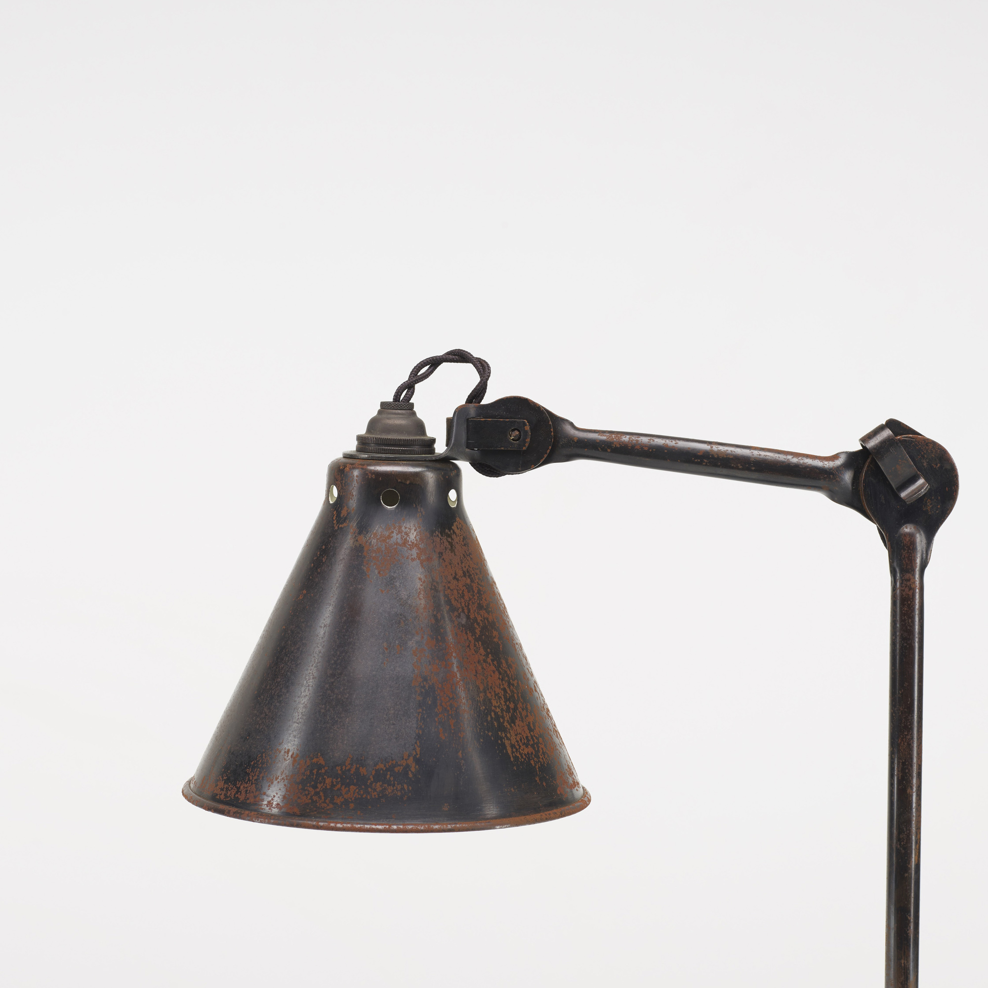 133: Bernard-Albin Gras / table lamp, model 205 (2 of 2)