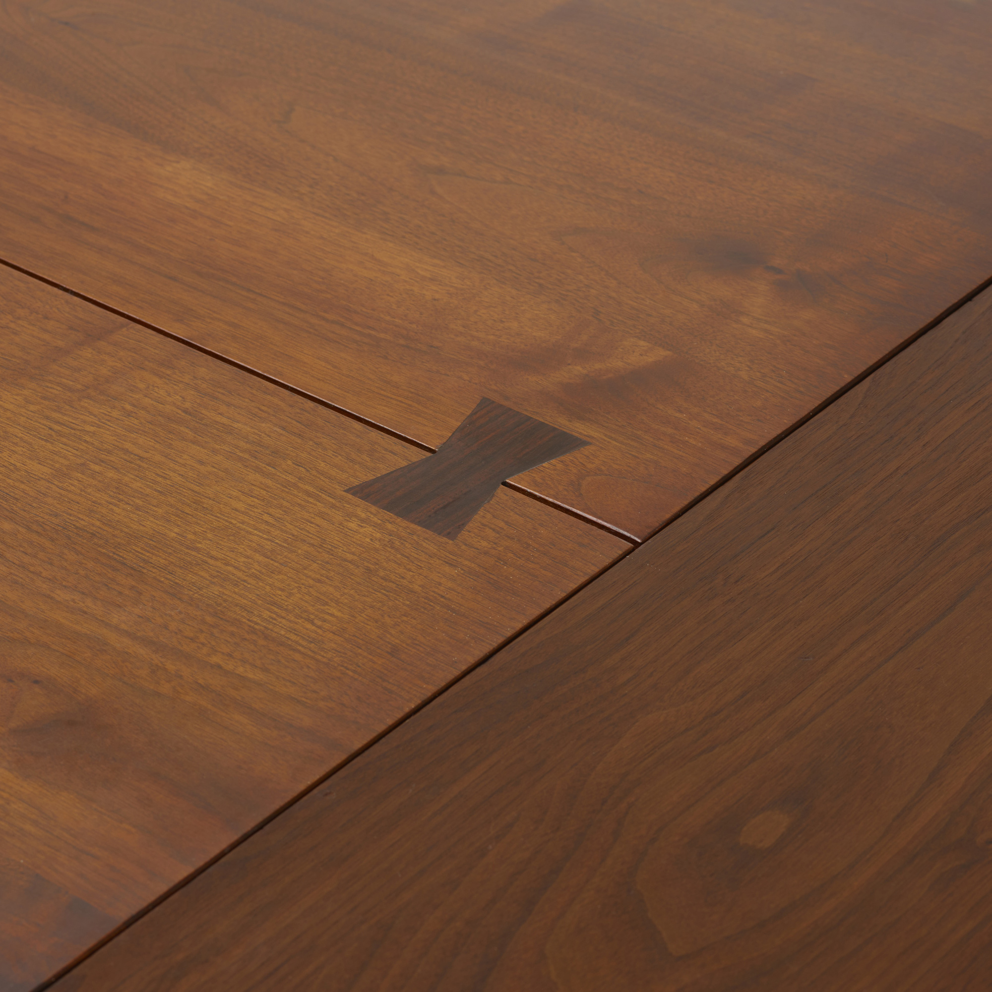 133: George Nakashima / Turned leg dining table (3 of 3)