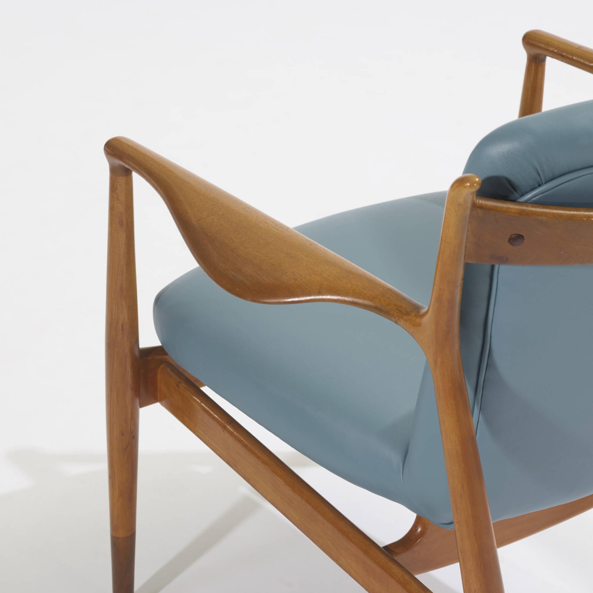 133: Finn Juhl / set of three chairs (3 of 3)
