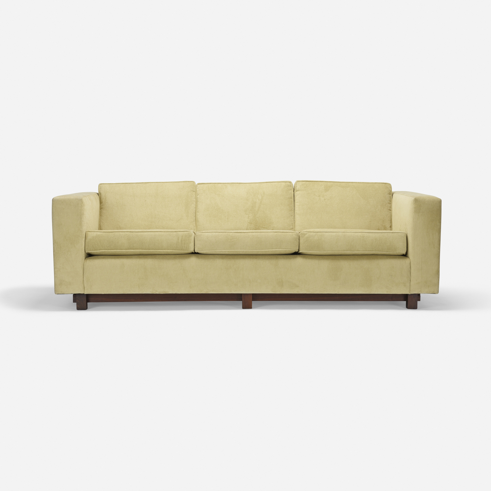 sofa auction 1432 best couched images on pinterest couch
