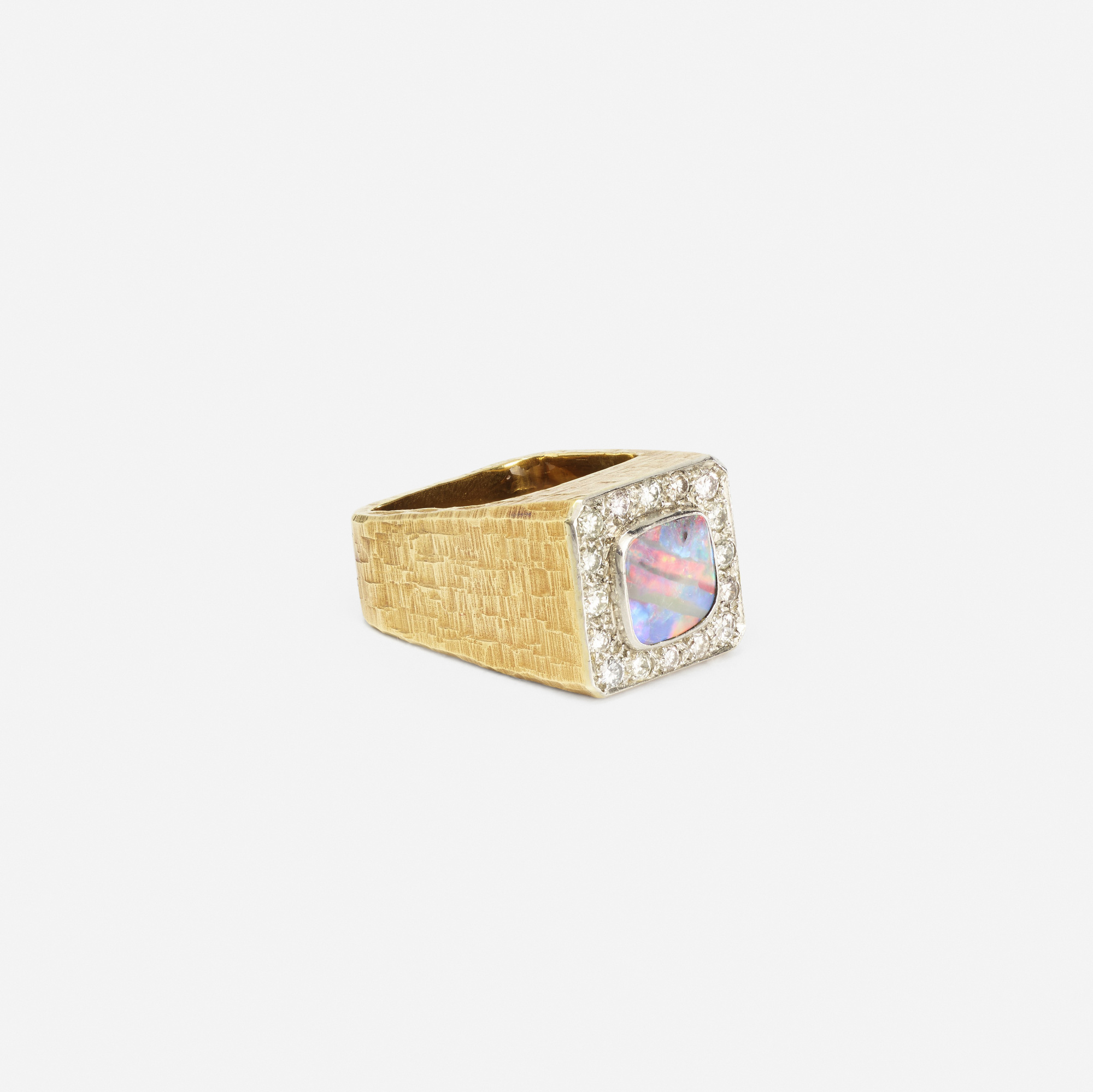 134: Andrew Grima / A gold, black opal and diamond ring (2 of 2)