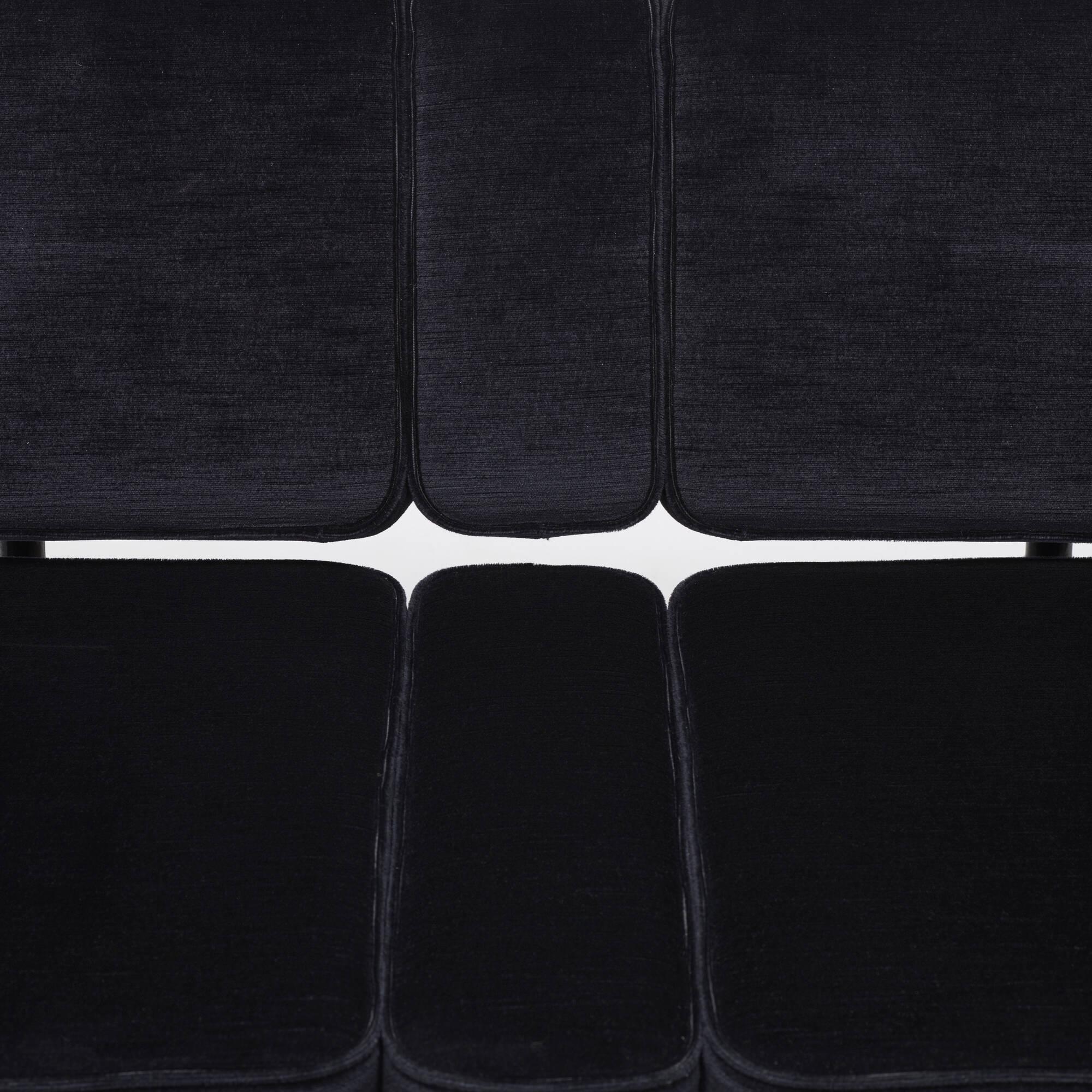 137: Atelier Van Lieshout / Bad Club Sofa (3 of 3)