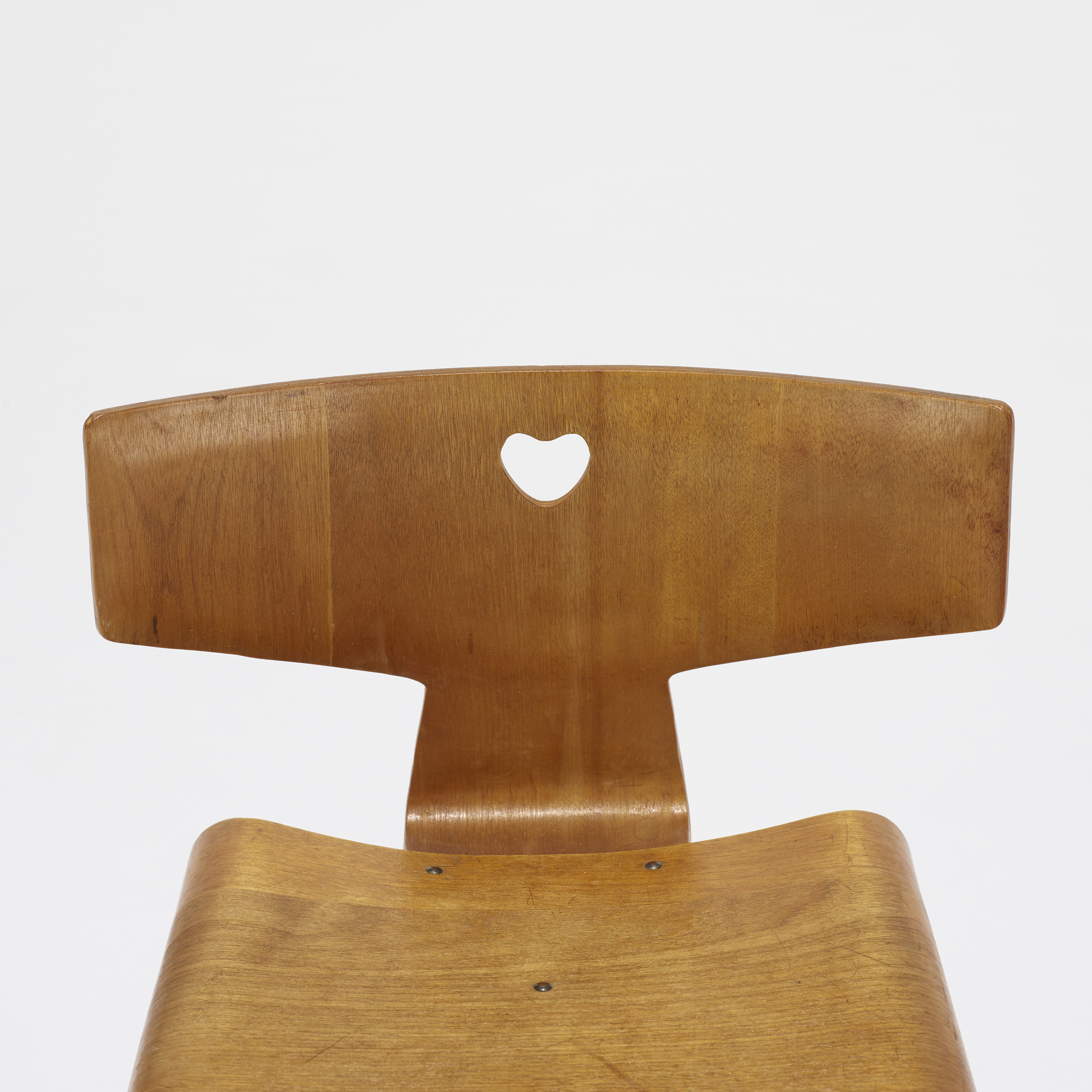 138: Charles and Ray Eames / child's chair (2 of 2)