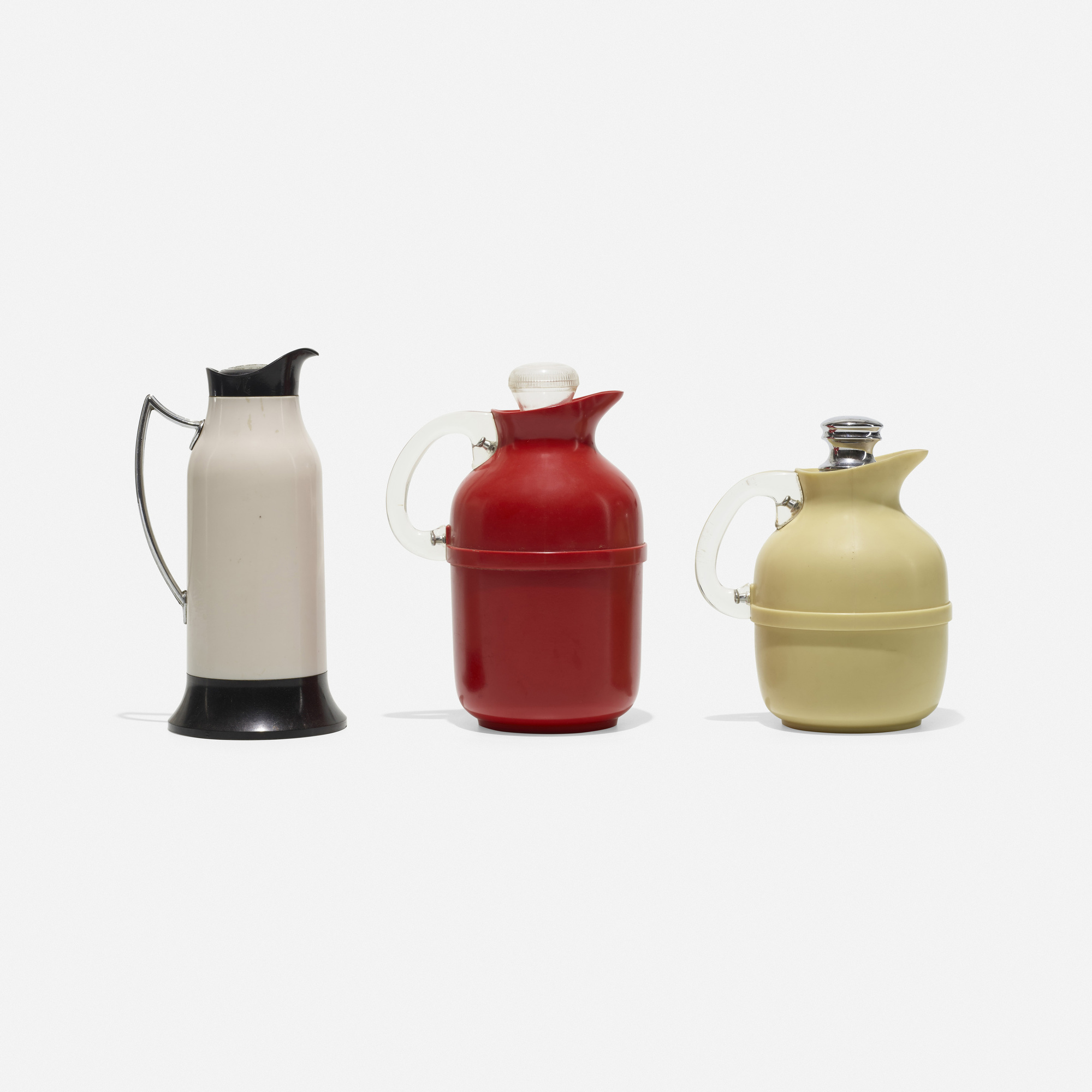 139: Thermos and Acme Vacuum Flask Co. Ltd. / collection of three flasks (1 of 1)